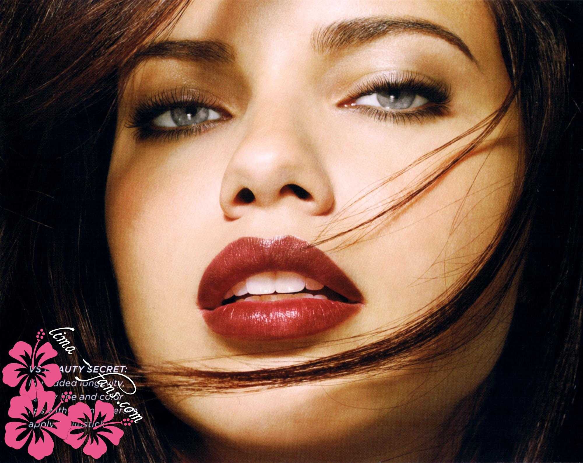 Cosmetics adriana rossi sa