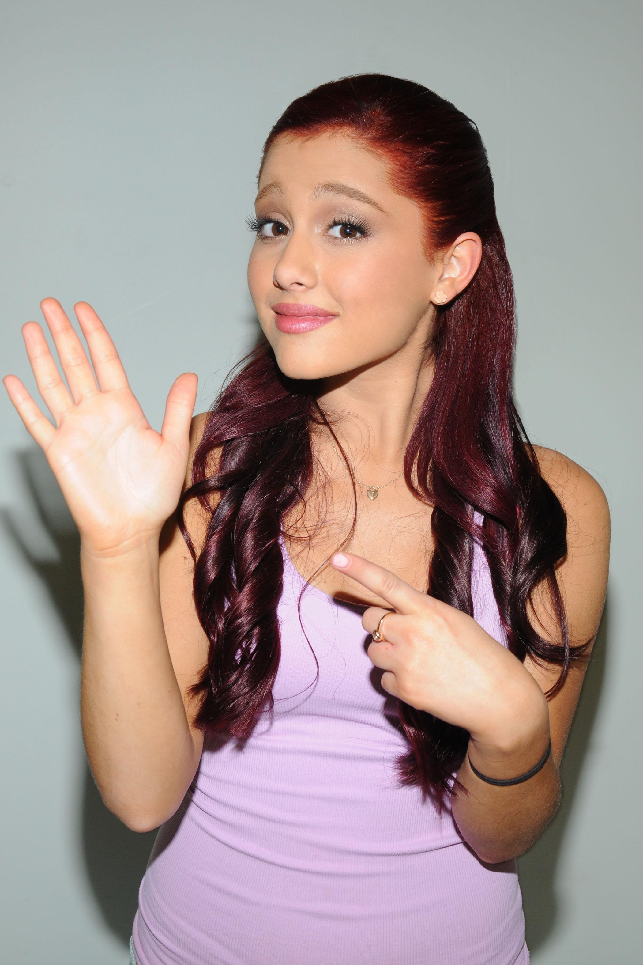 Ariana Grande Photo 72 Of 725 Pics Wallpaper Photo