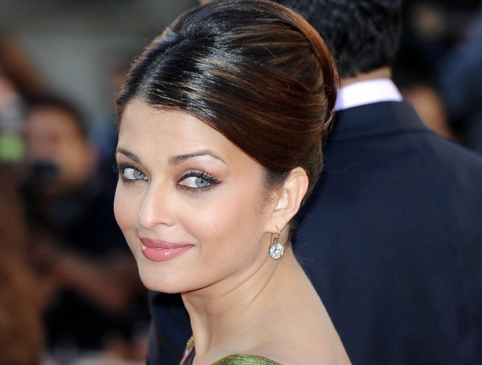 Aishwarya Rai photos, videos, latest news, Aishwarya Rai