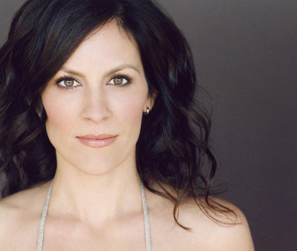 annabeth gish pretty little liars