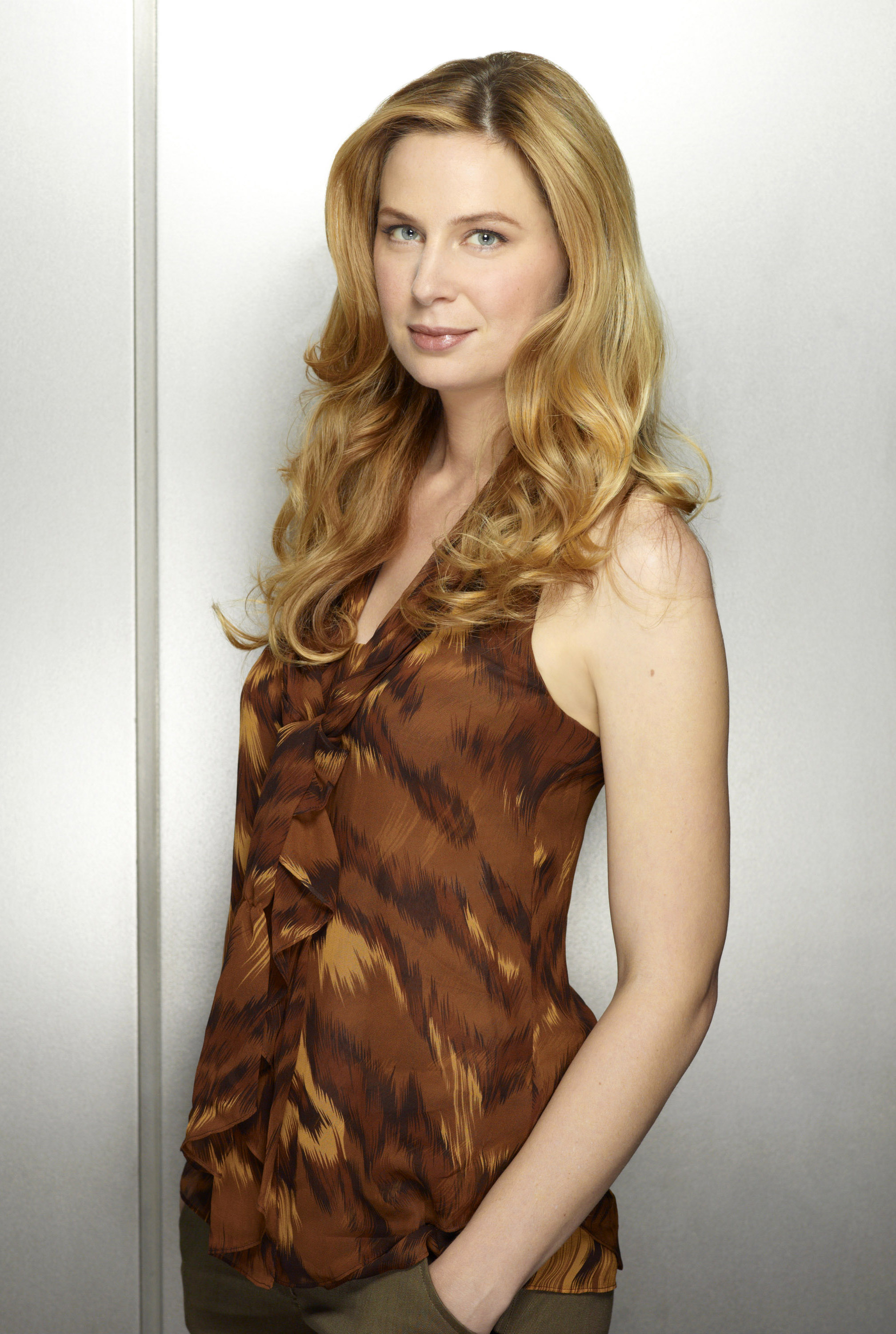 Anne Dudek Photo, Pics, Wallpaper - Photo #339186