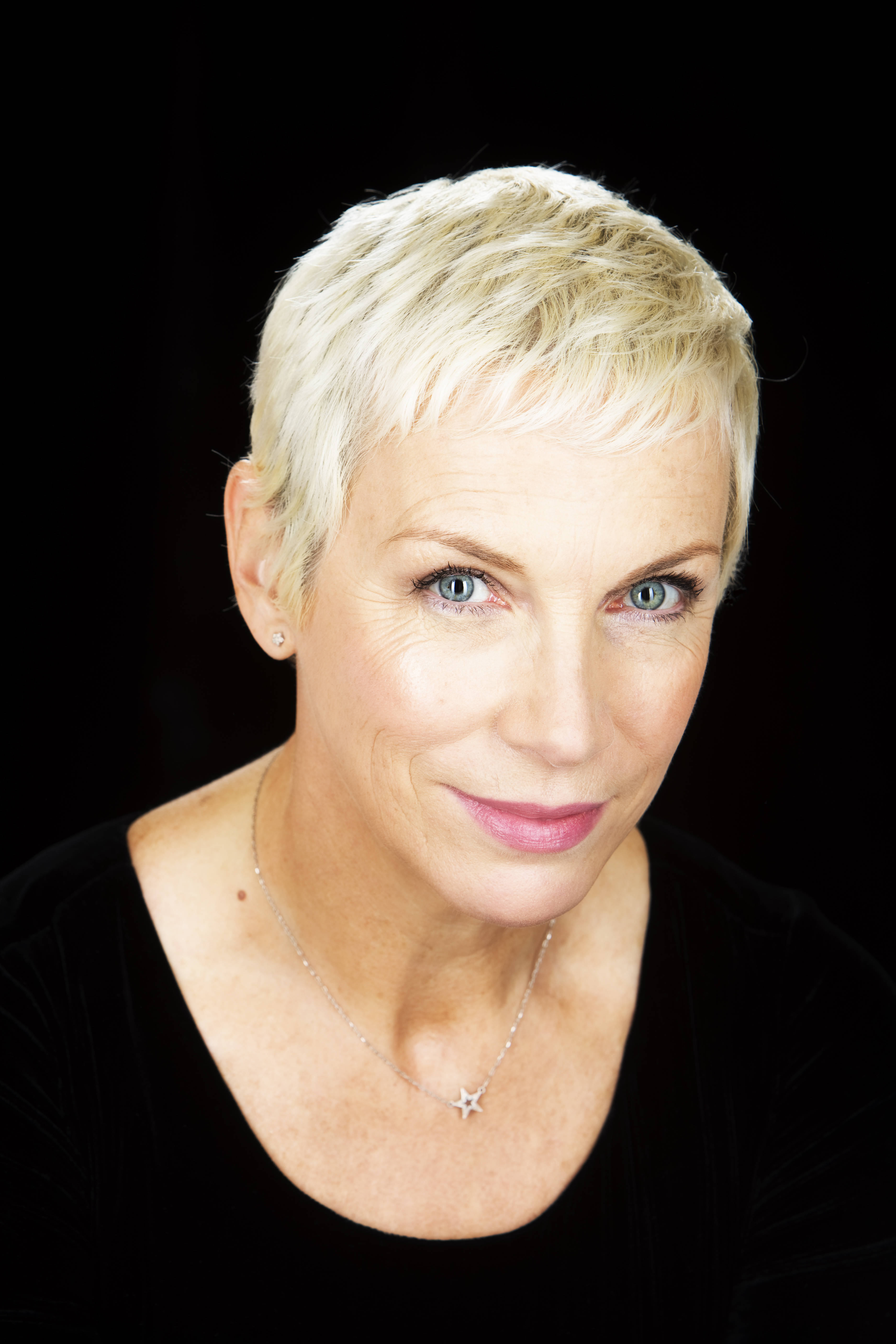Annie Lennox photo, pics, wallpaper - photo #