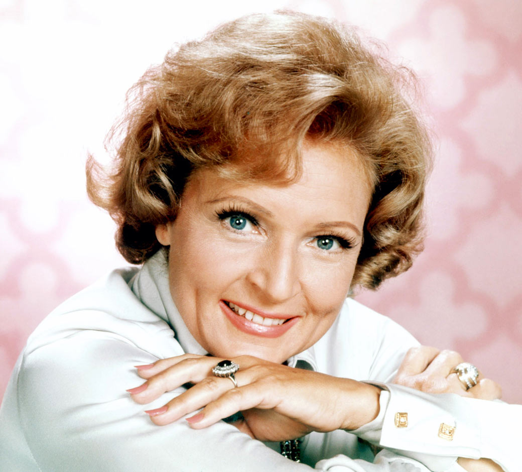 http://www.theplace2.ru/archive/betty_white/img/betty_white_style_ev.jpg