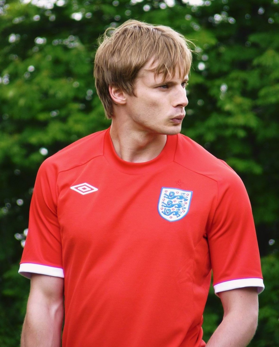 Bradley James - Photos