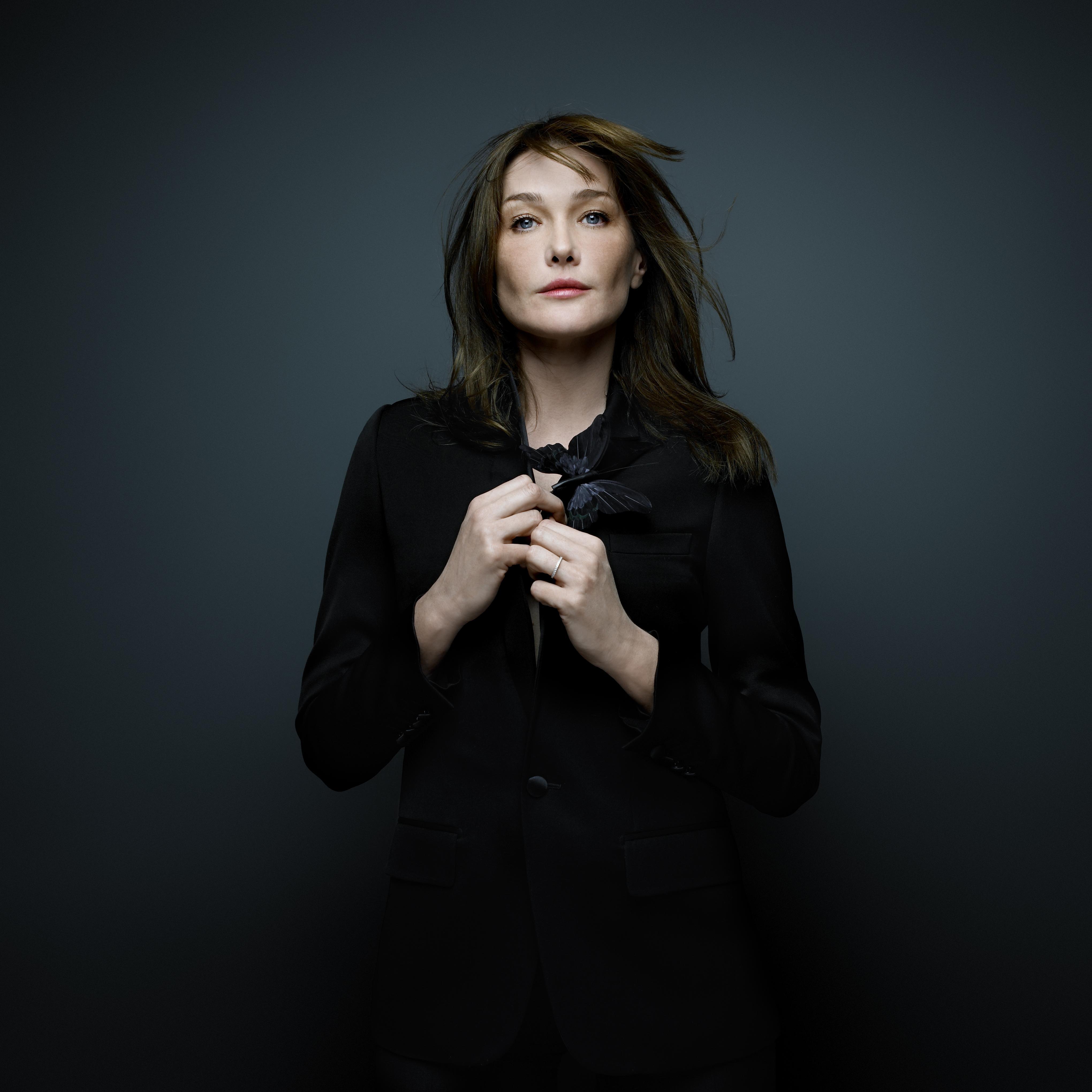 Carla Bruni photo, pics, wallpaper - photo #