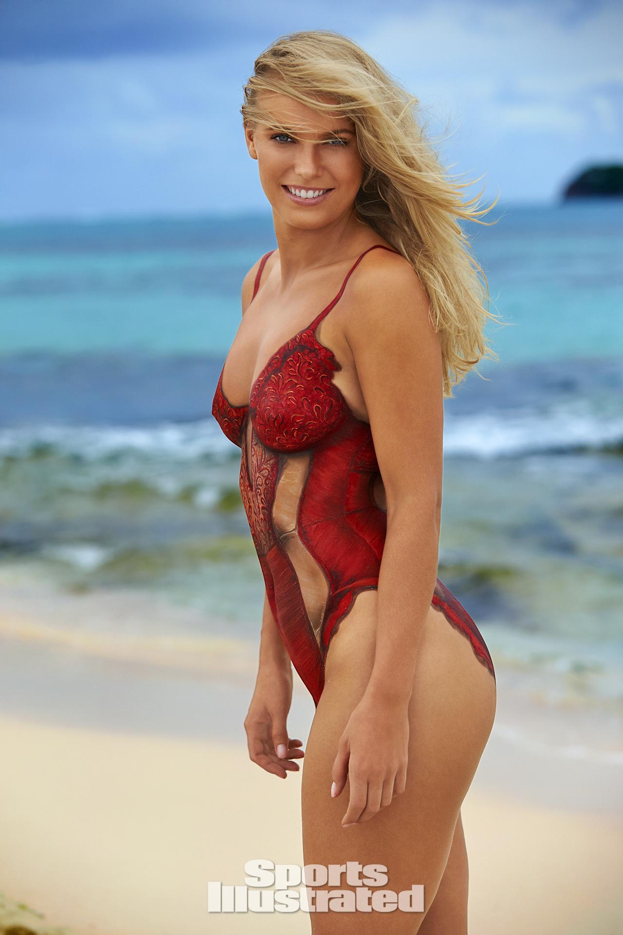 High Quality Nude Latina Pics 26