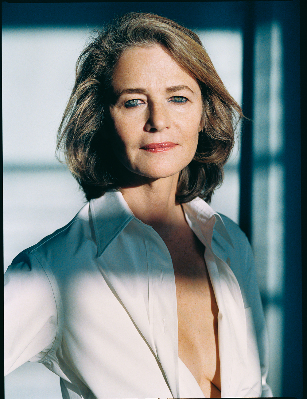 Charlotte rampling photo 39 of 73 pics wallpaper photo for Pool show charlotte