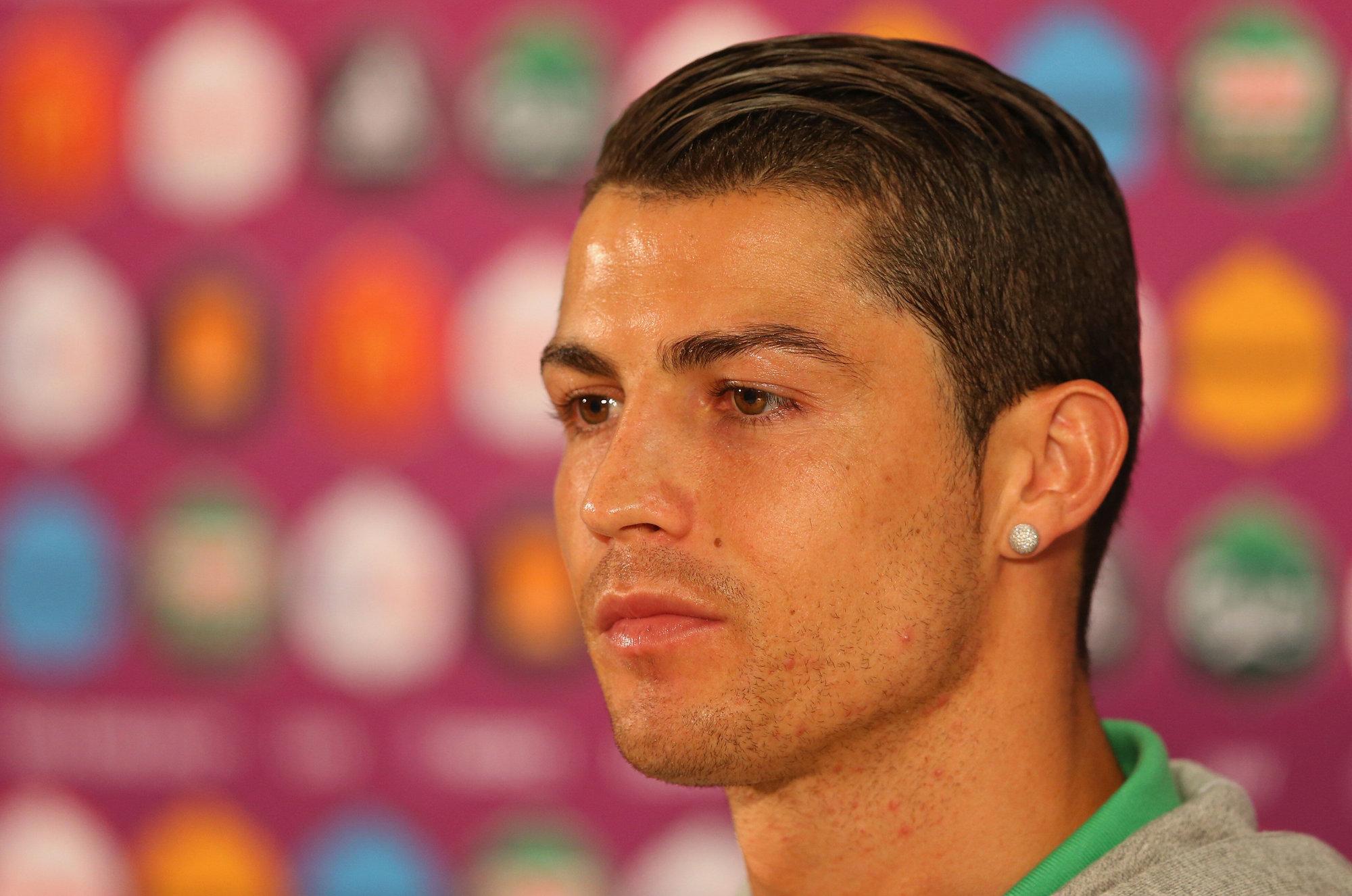 Роналдо фото его причёски