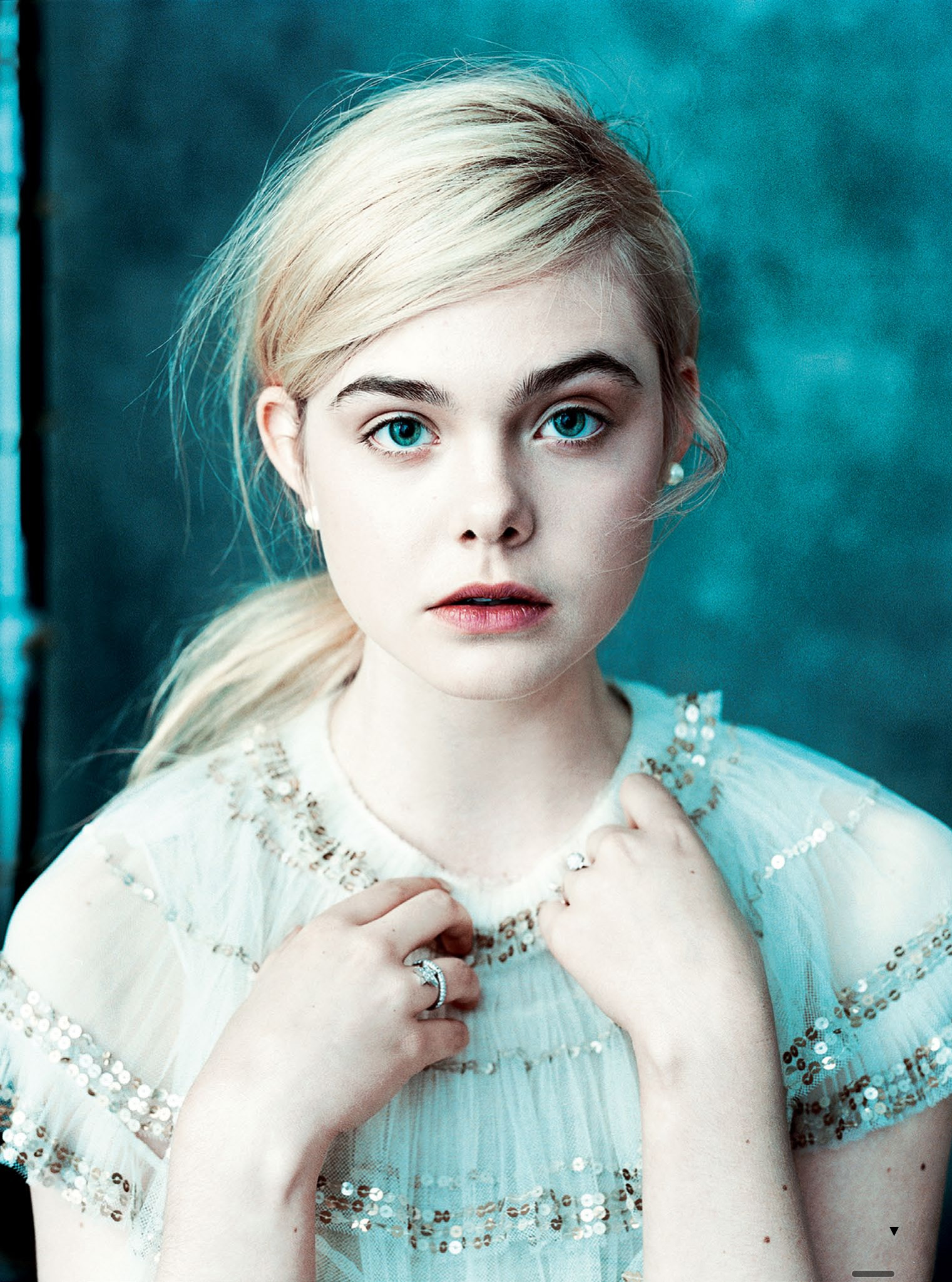 Elle Fanning - The Great Press Conference in Beverly