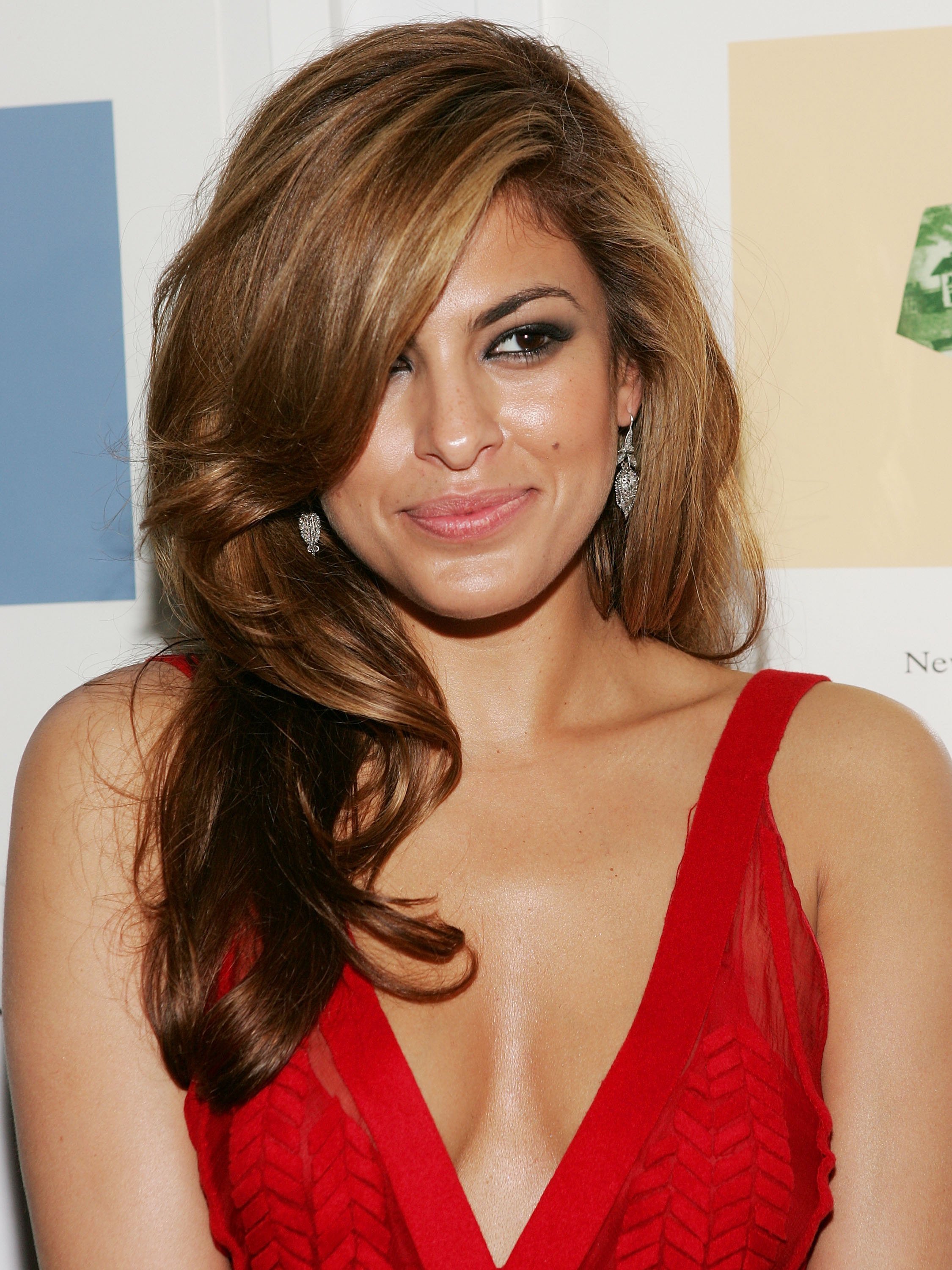36 Beautiful Hairstyles Worn By Eva Mendes Over The Years ... |Eva Mendes Hair Color