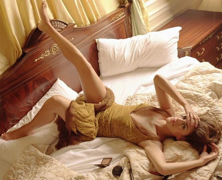 фотографии девушек в постели