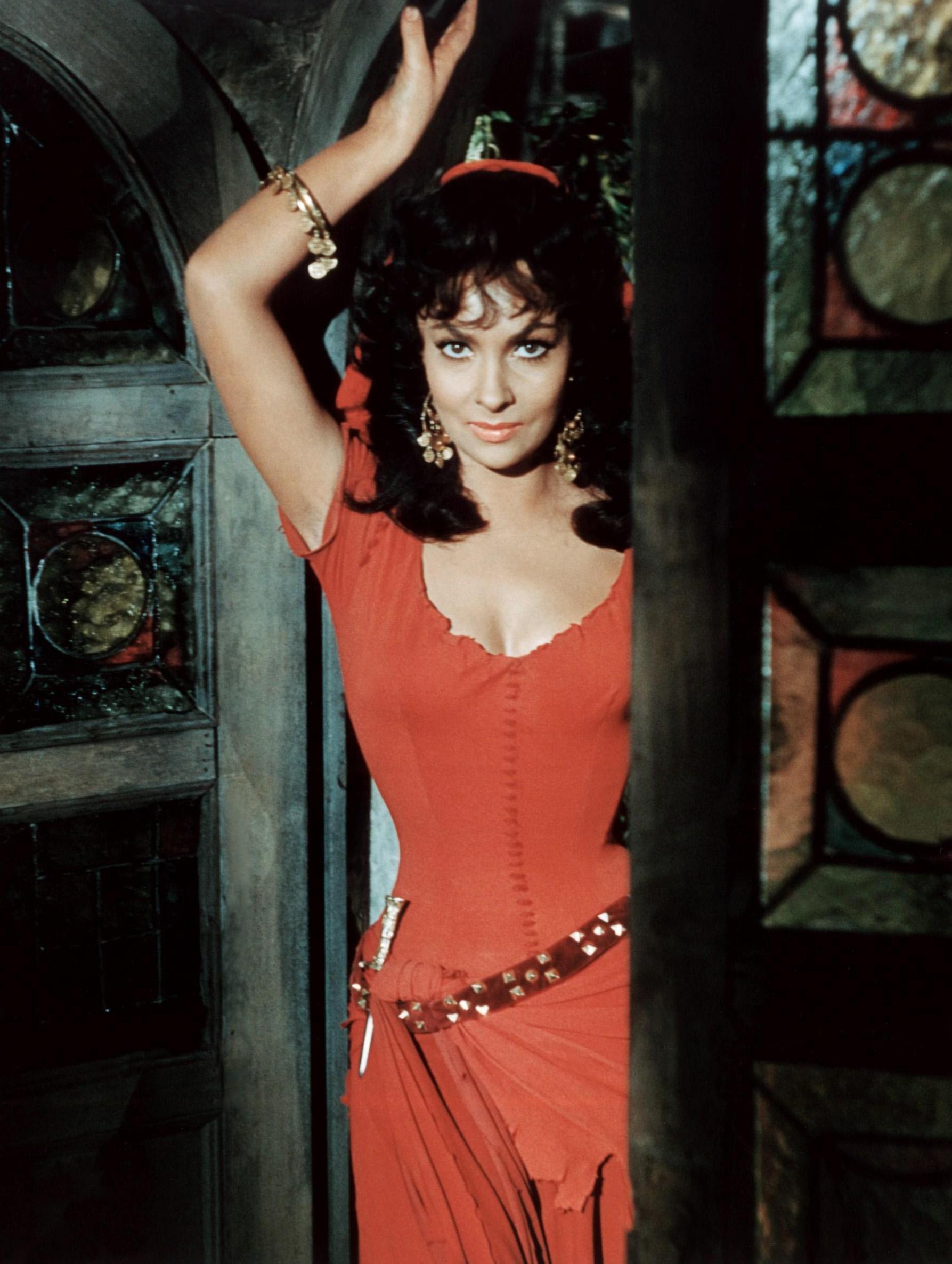 Gina Lollobrigida phot... Gina Lollobrigida Esmeralda