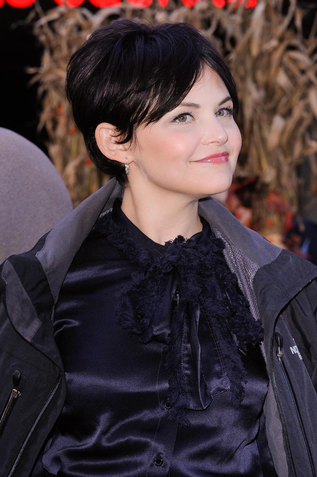 Ginnifer Goodwin - Photo Set