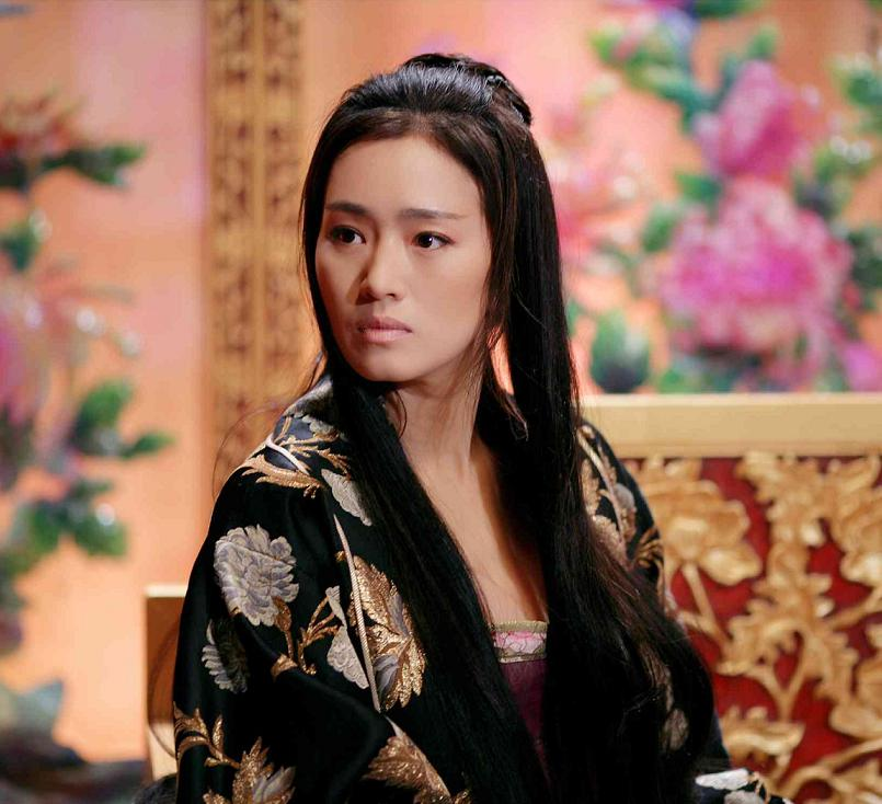 Gong Li photo gallery - page #8 | ThePlace