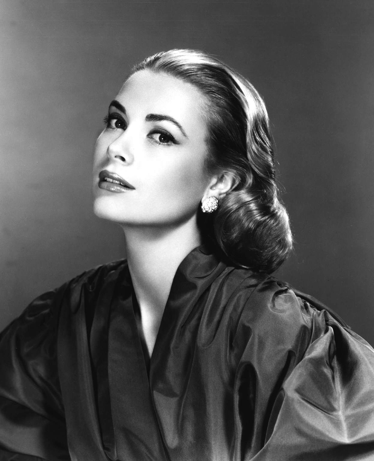 Grace kelly photo 63 of 437 pics wallpaper photo for Grace kelly fenetre sur cour