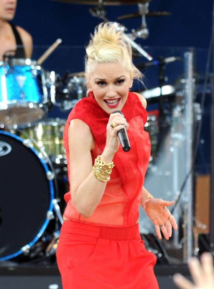 FFN No Doubt GMA AAR - Gwen Stefani