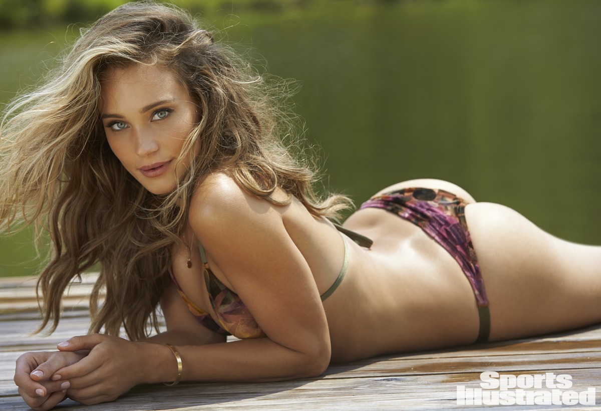 sexy nude girls tattoo fucking