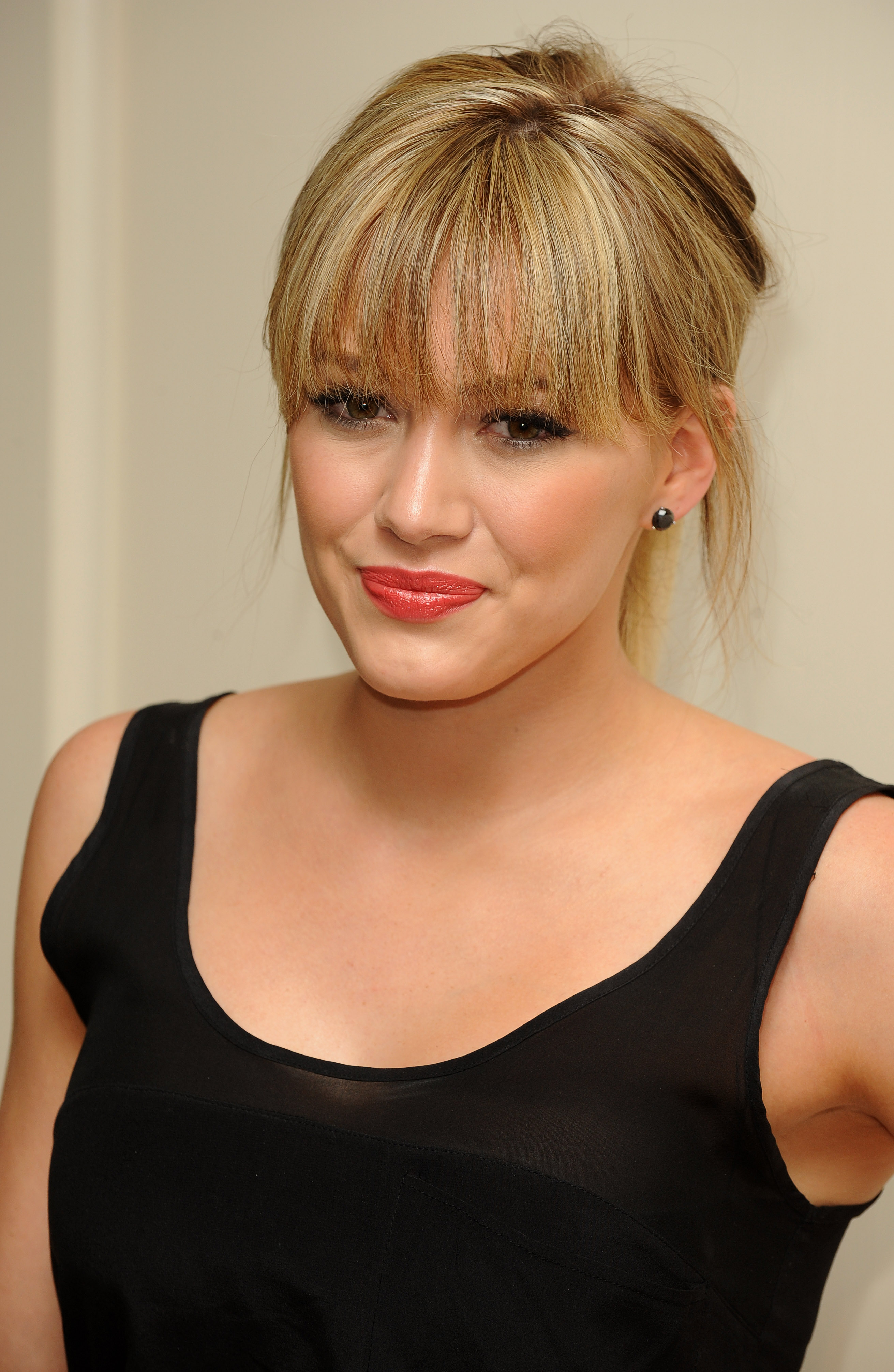 Hilary Duff as well Autumn Lakes With Sunrise together with ƾ�门风云3图册  gt  ȯ�条图片 also La Plus Belle Collection De Tissus Liberty   Liberty Lifestyle moreover Twilight Sparkle Ballet. on 1177 html