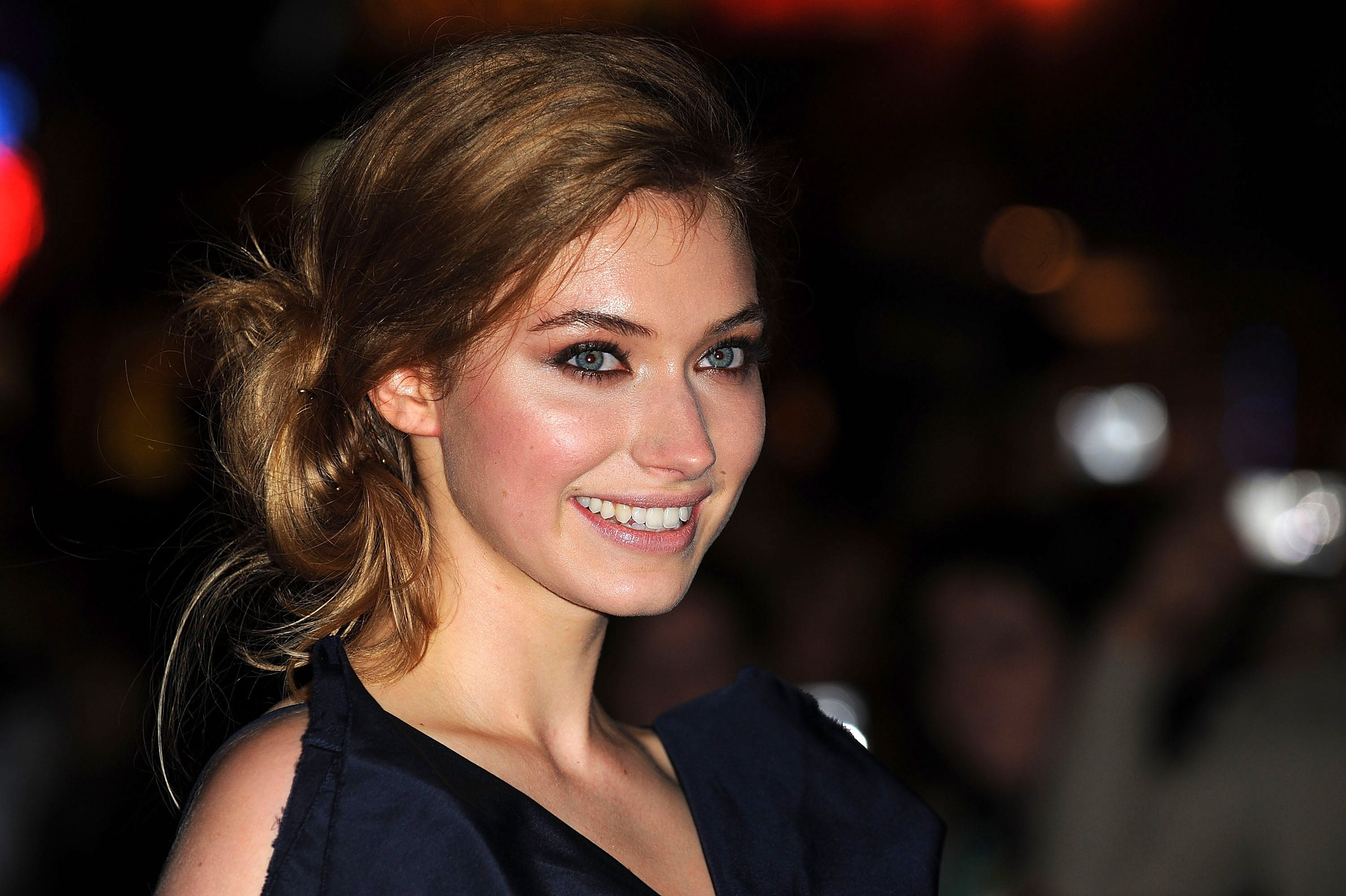 Imogen Poots - Wallpaper Actress