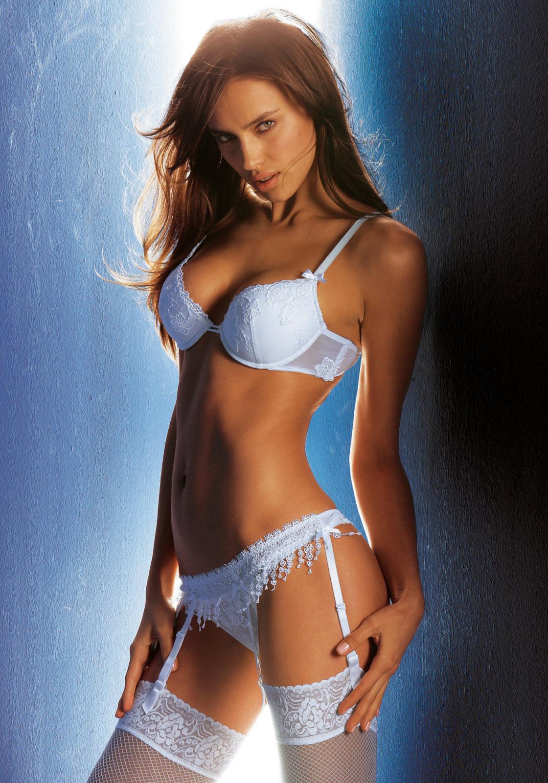 Irina Sheik photo 242 ... Bradley Cooper Md