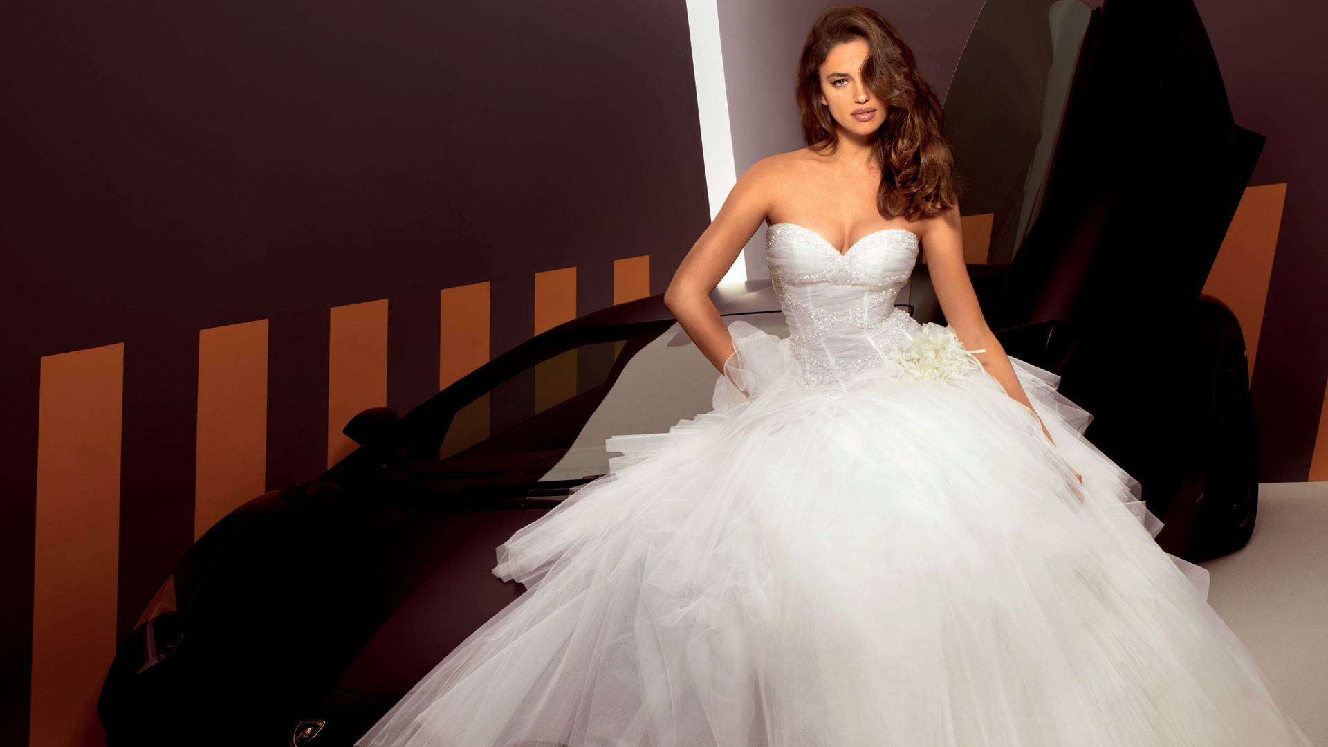 Фото красивых девушек в свадебных платьях