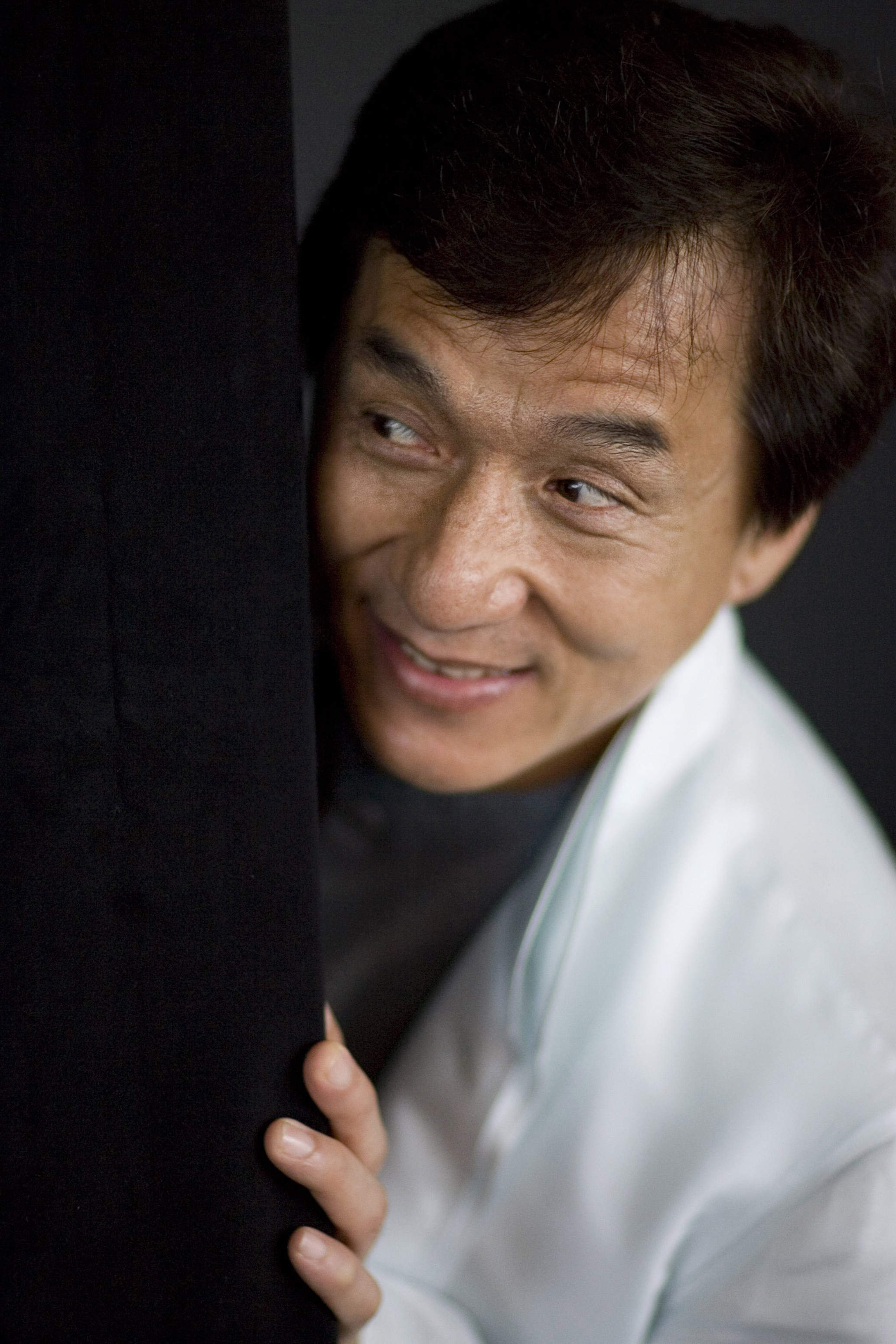celebrity photo jackie chan jackie chan photo 127392 0 vote
