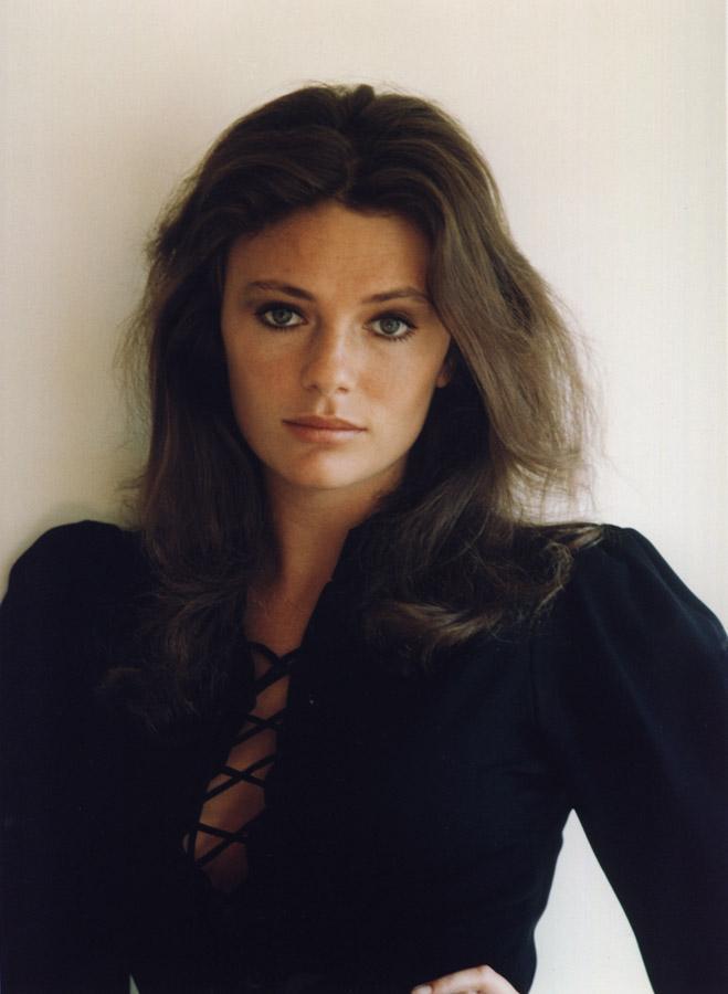 Photo of Jacqueline Bisset #45843. Image size: 659 х 900. Number of