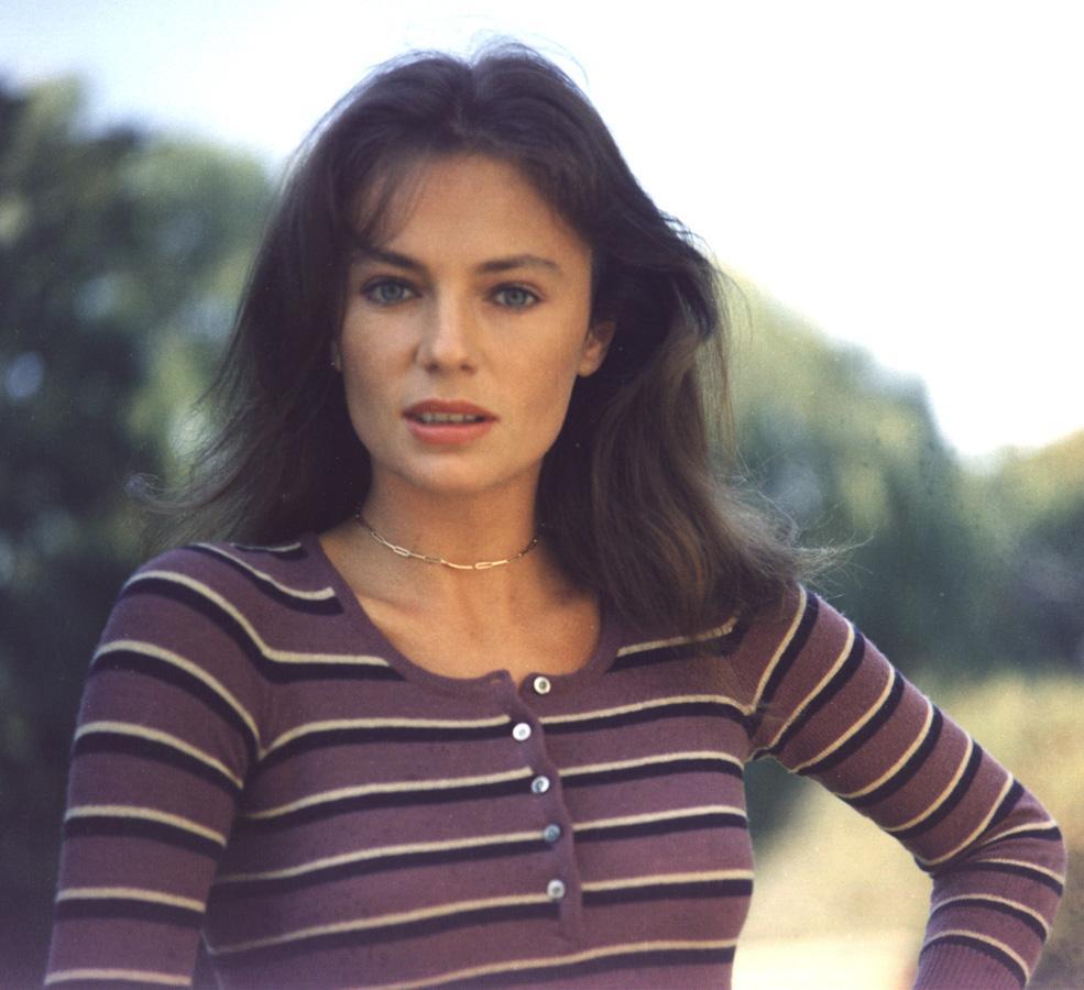 Photo of Jacqueline Bisset #45845. Image size: 985 х 900. Number of