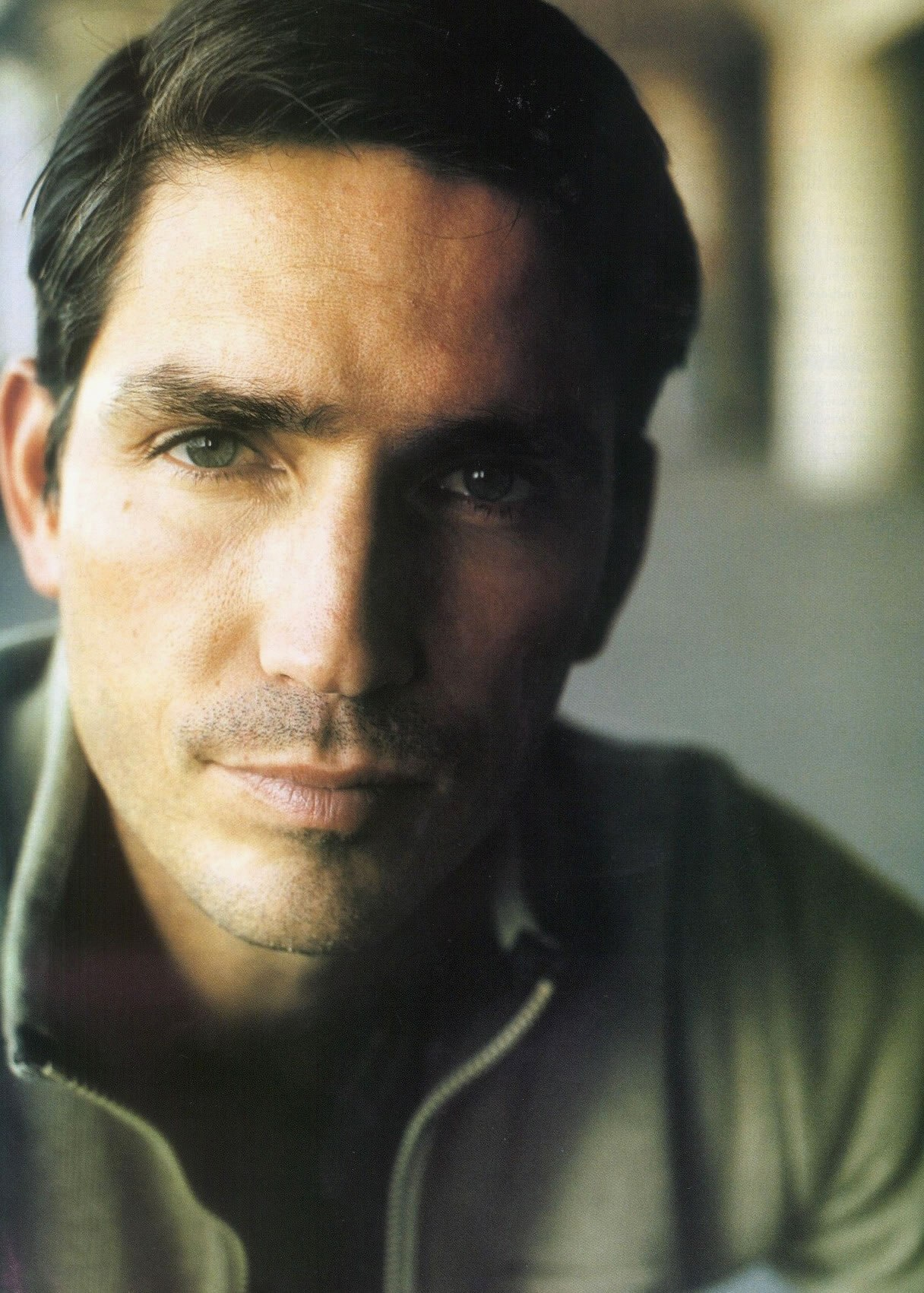Jim Caviezel - Photo Gallery