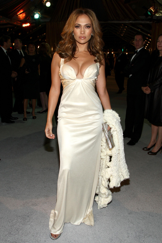 модное платье из кружева