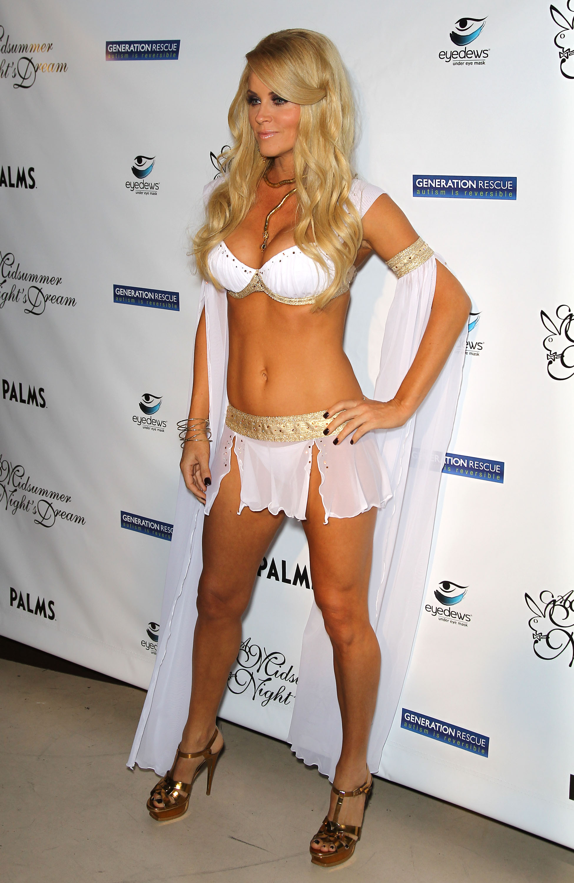 Only high quality pics and photos of Jenny McCarthy