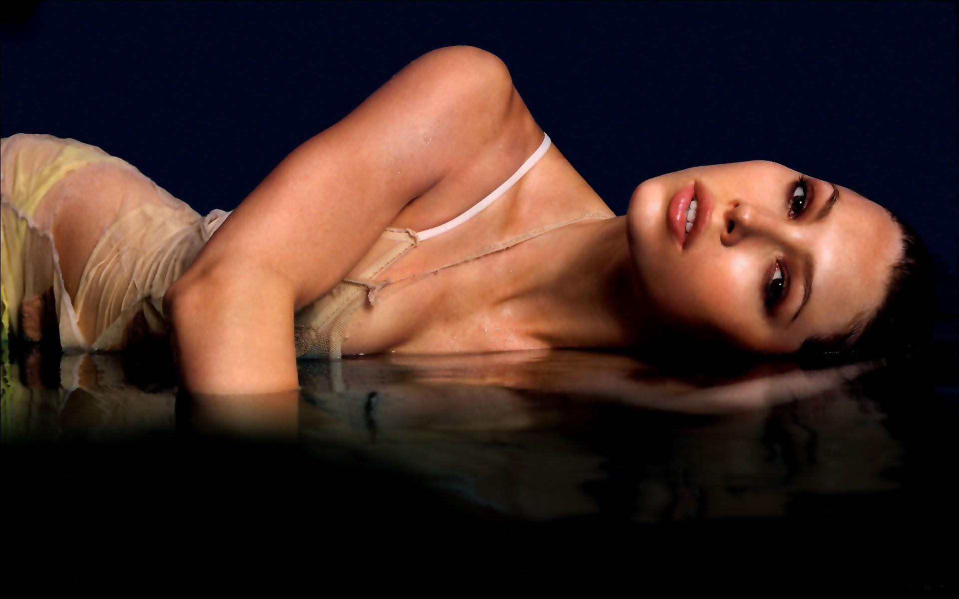 free nude pics of female celebs  29562
