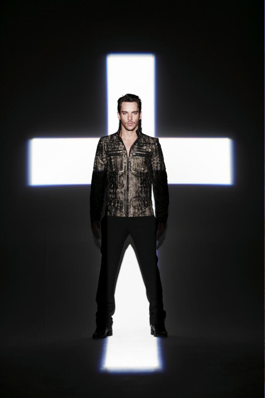 Jonathan rhys meyers fashion Jonathan Rhys Meyers Style, Fashion Looks - StyleBistro