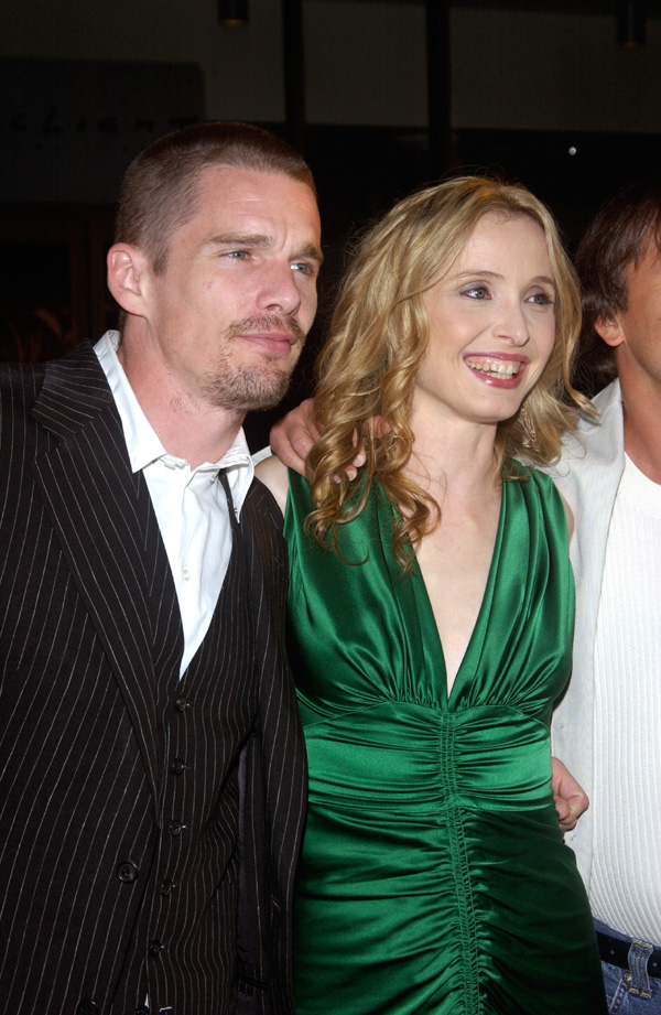 Only high quality pics and photos of Julie Delpy