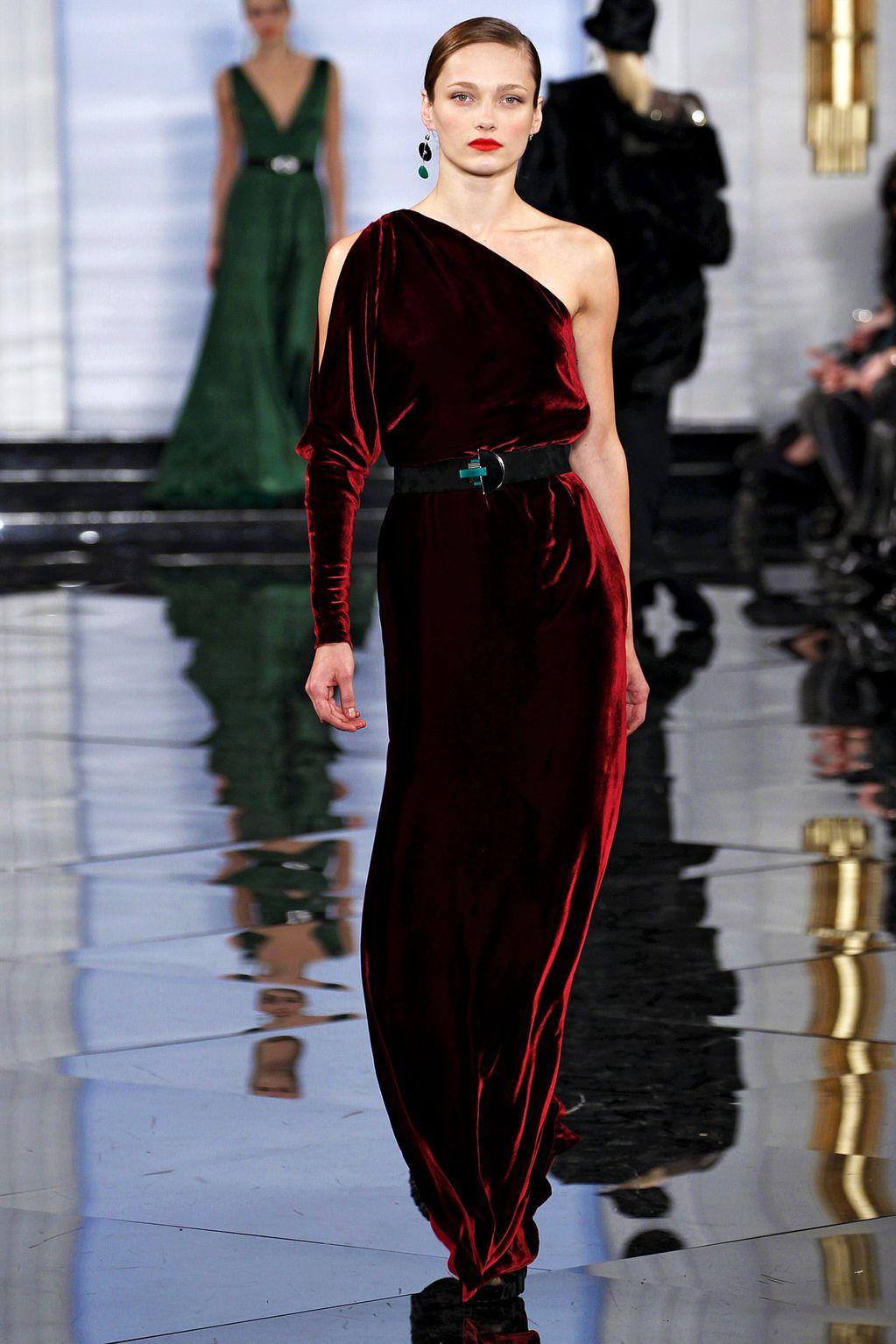 Фото вечерние платья из бархата