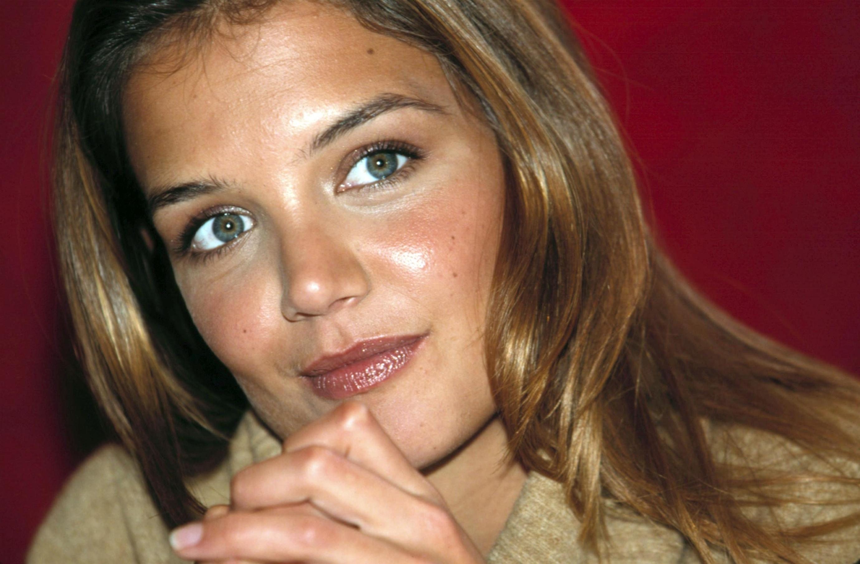 Katie Holmes - Photo Set