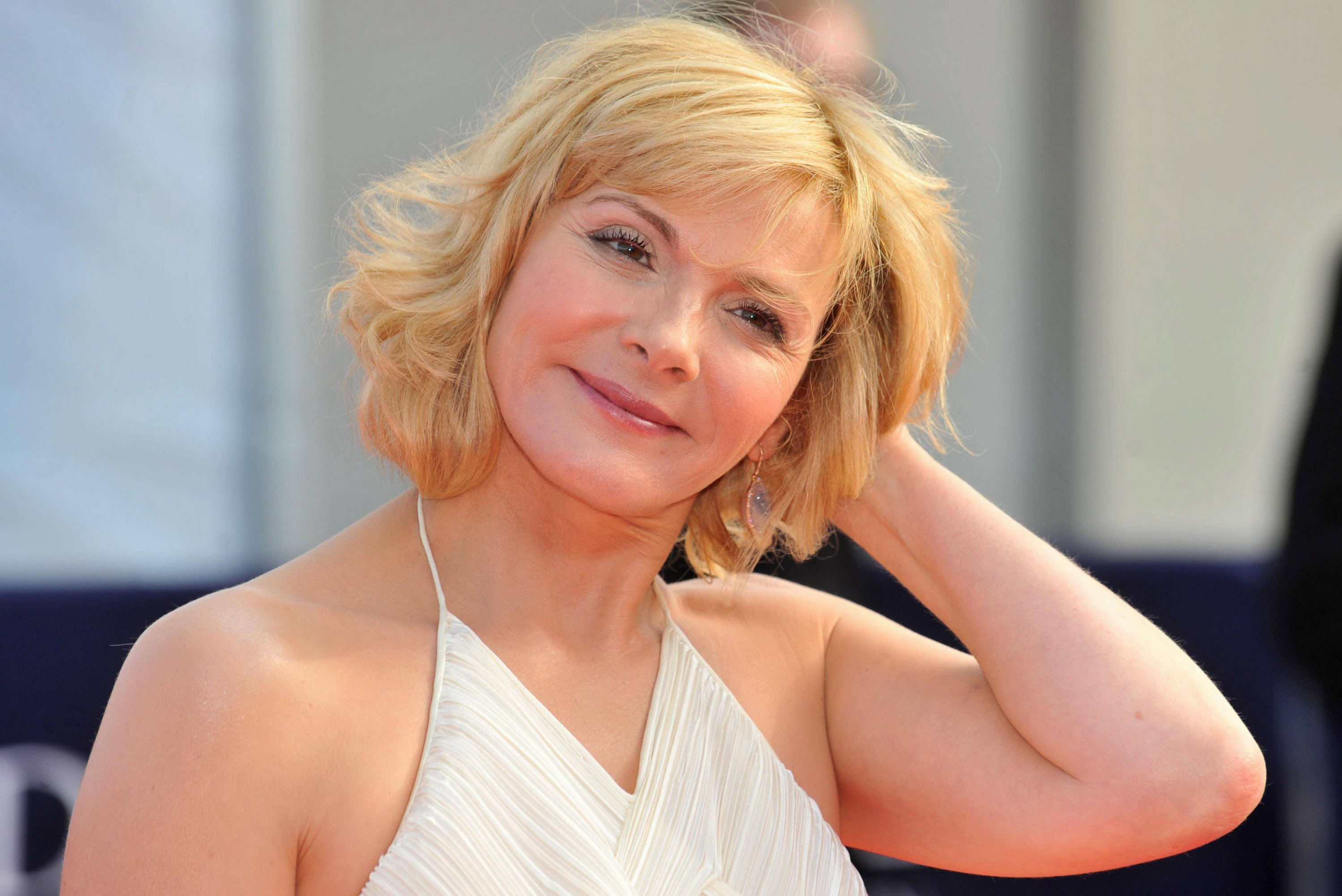 http://www.theplace2.ru/archive/kim_cattrall/img/63082_KimCattrall_Me.jpg