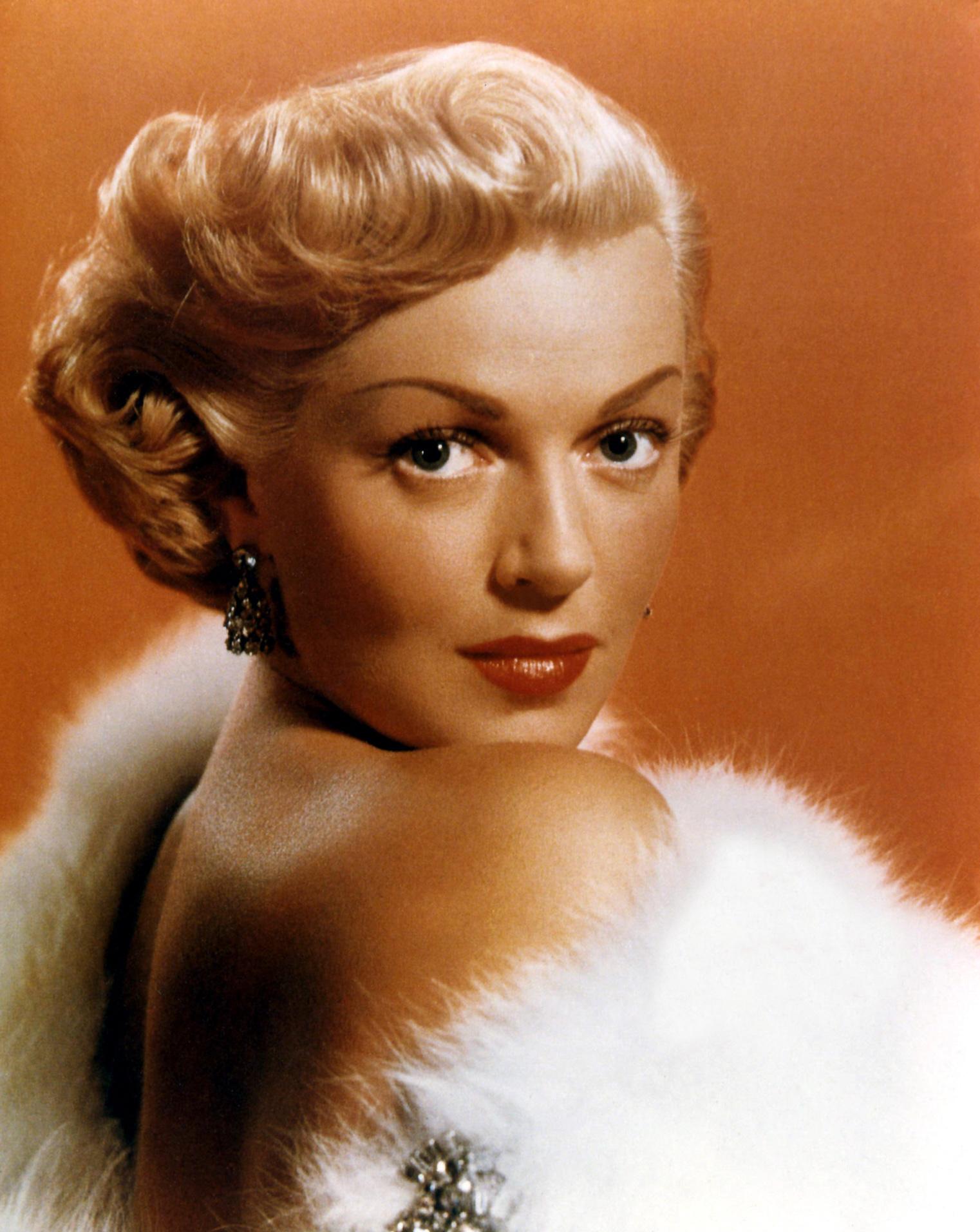 Lana Turner Photo 22 Of 53 Pics Wallpaper Photo 367473