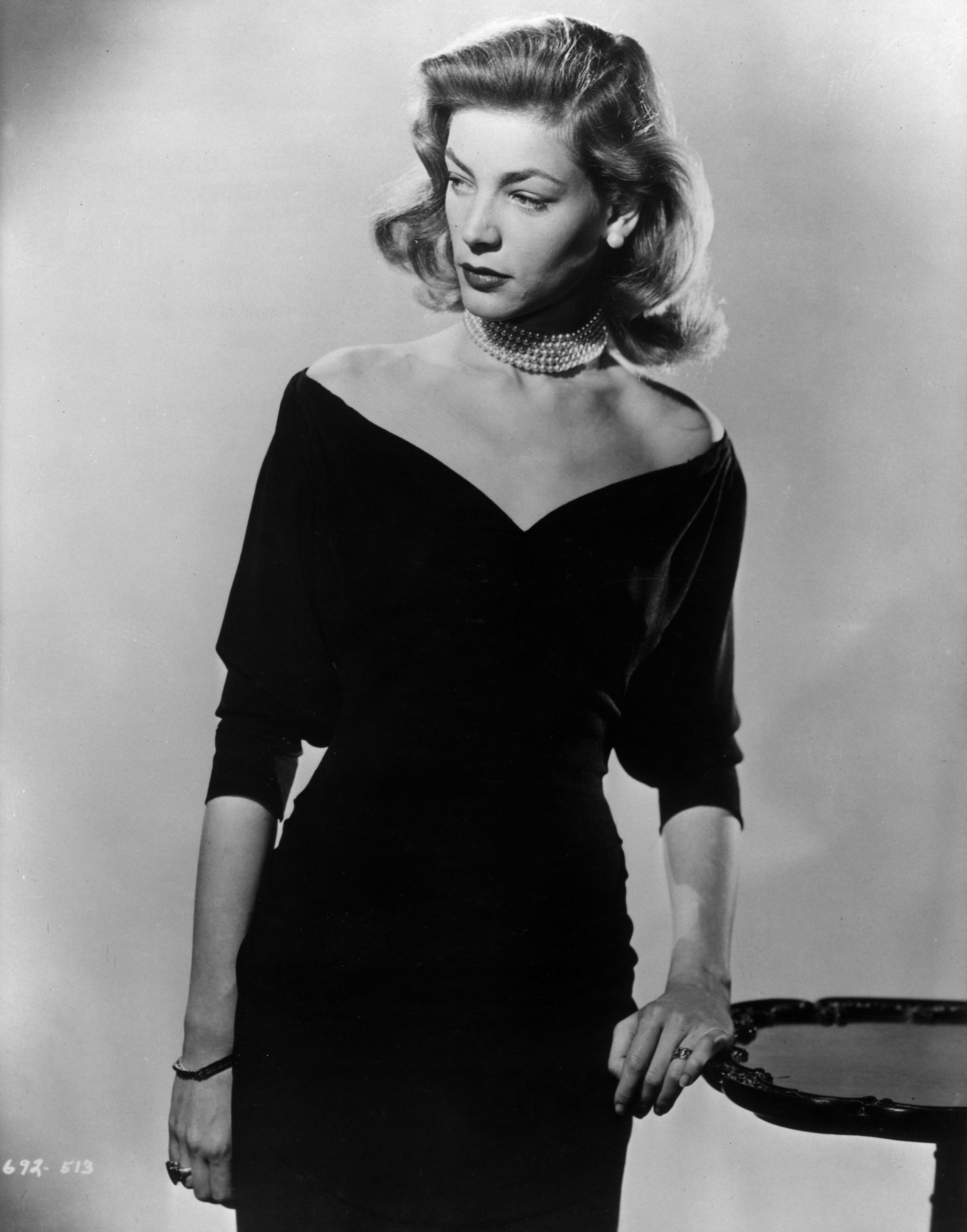 Lauren Bacall photo, pics, wallpaper - photo #