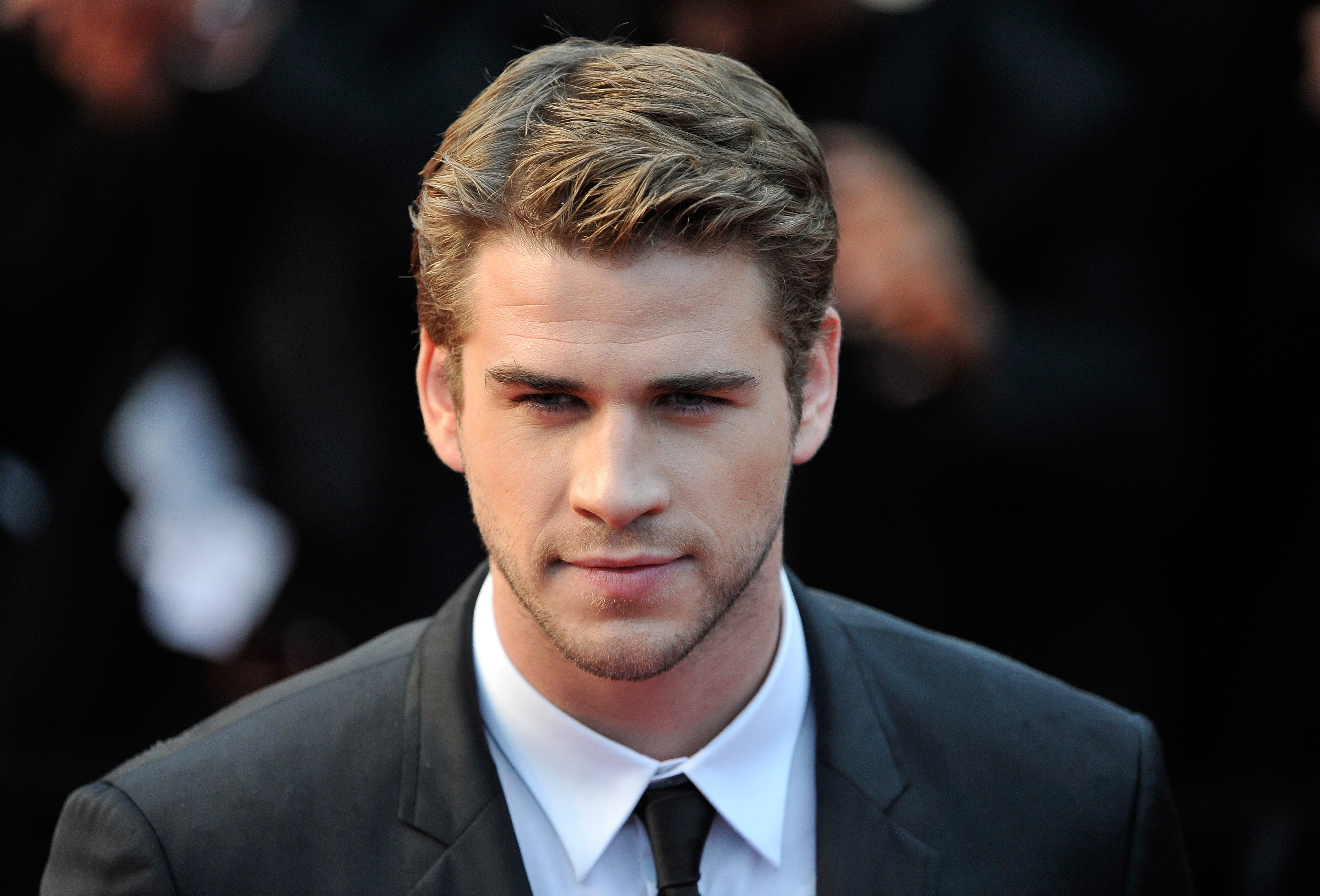 Liam Hemsworth photo, pics, wallpaper - photo #