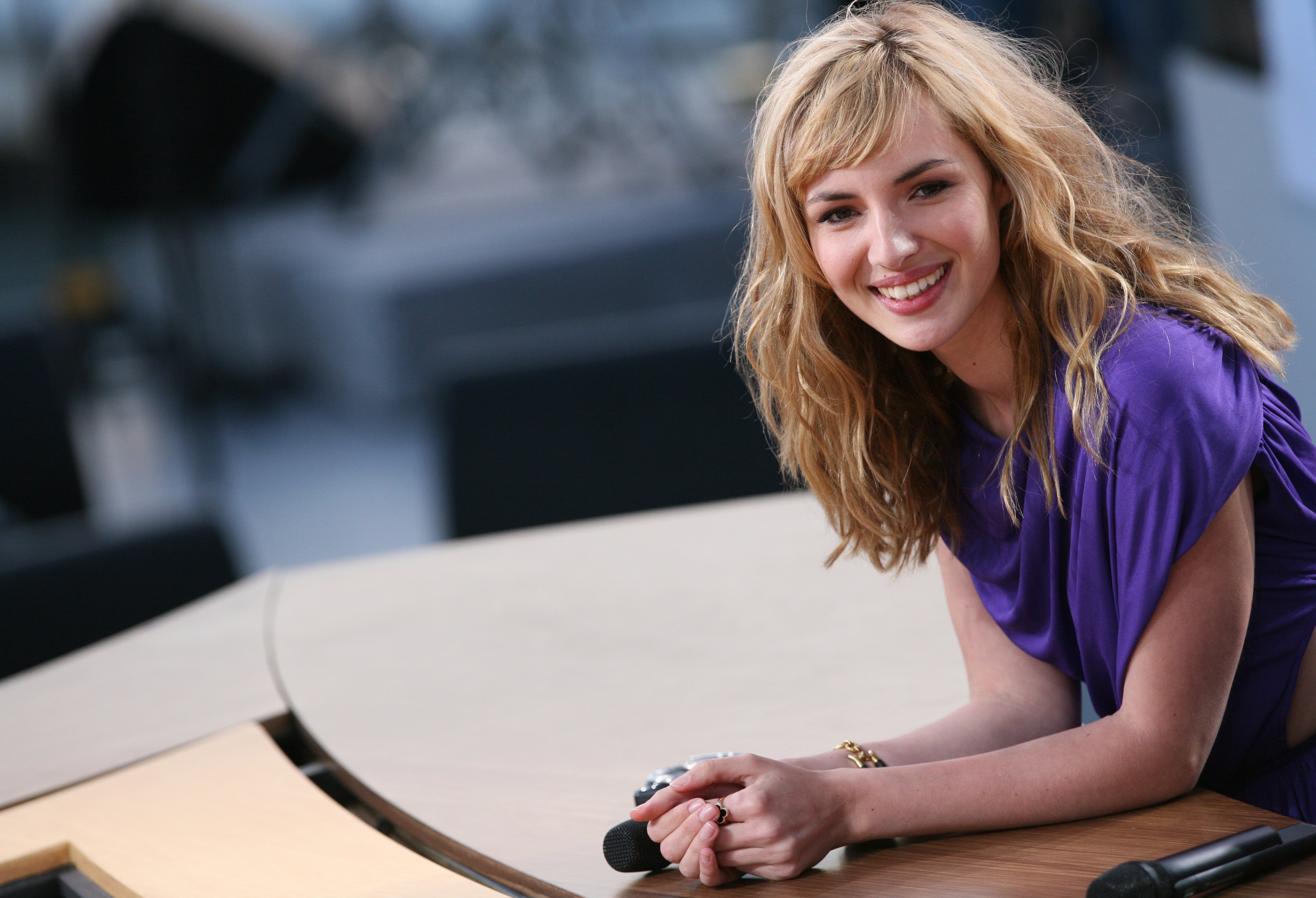 Louise Bourgoin photo gallery - high quality pics of ... Vanessa Hudgens News