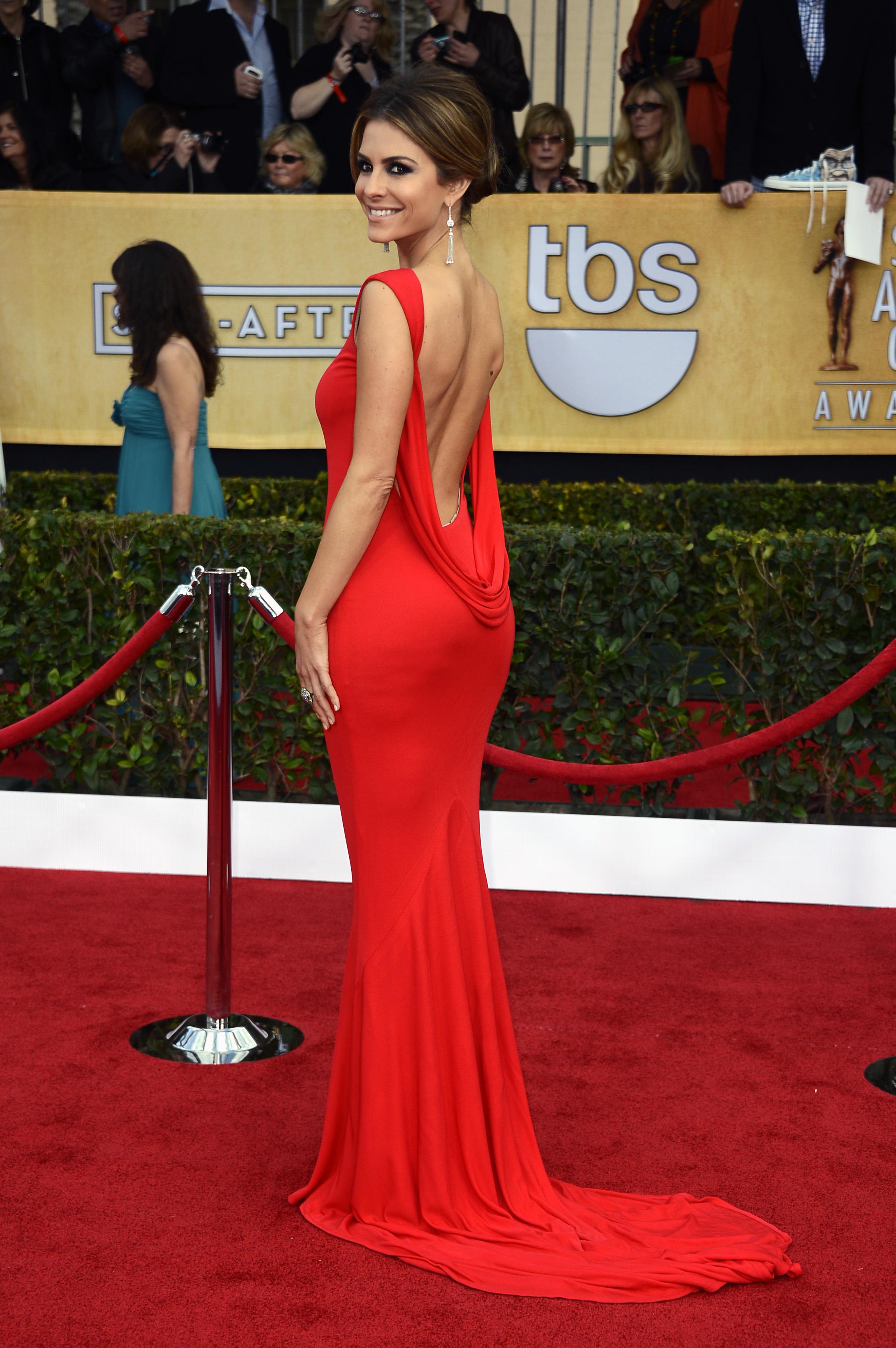 Фото звезд в платьях спиной