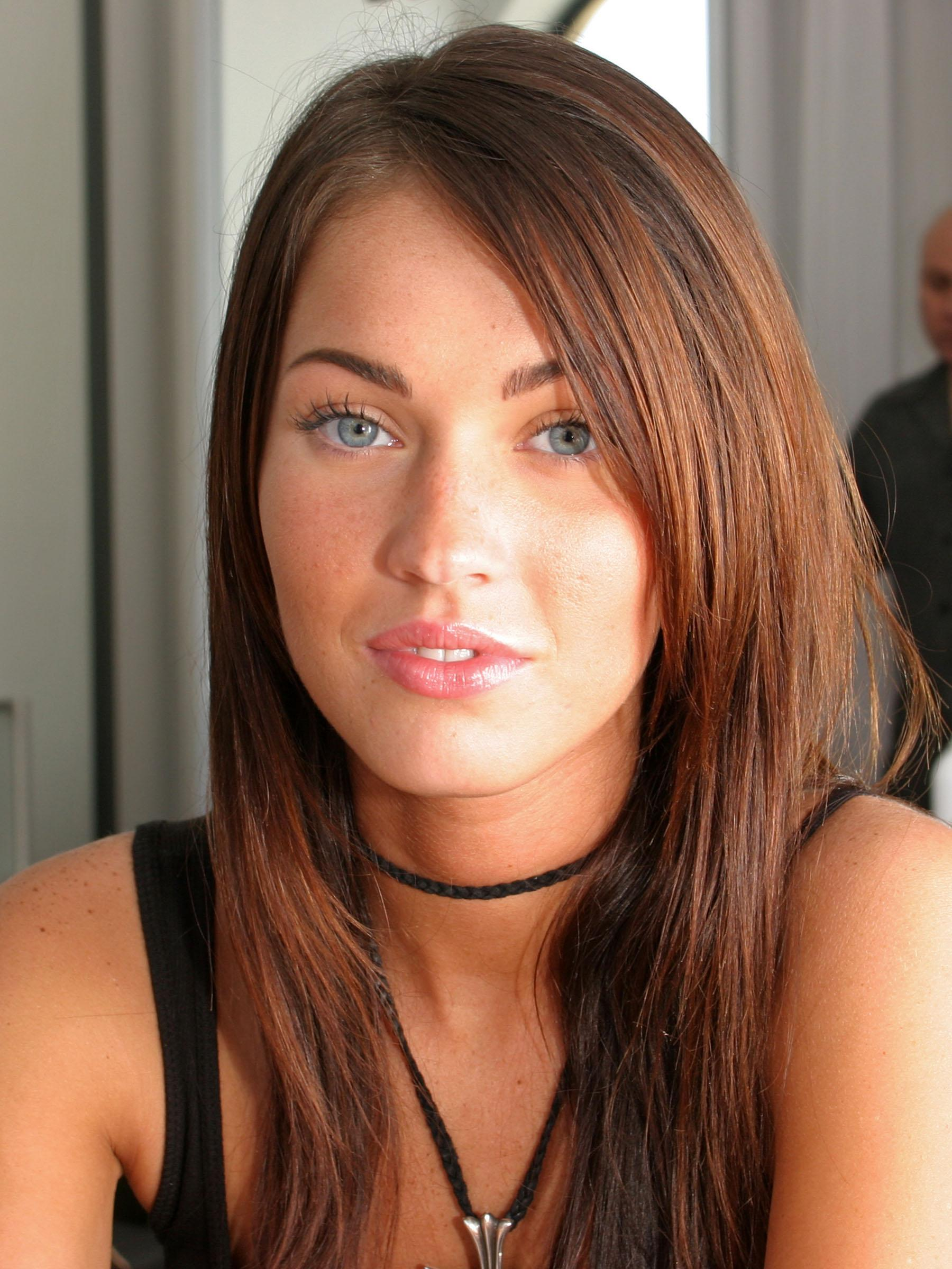 Megan Fox shares rare photo with youngest son Journey WHO Megan fox old photos