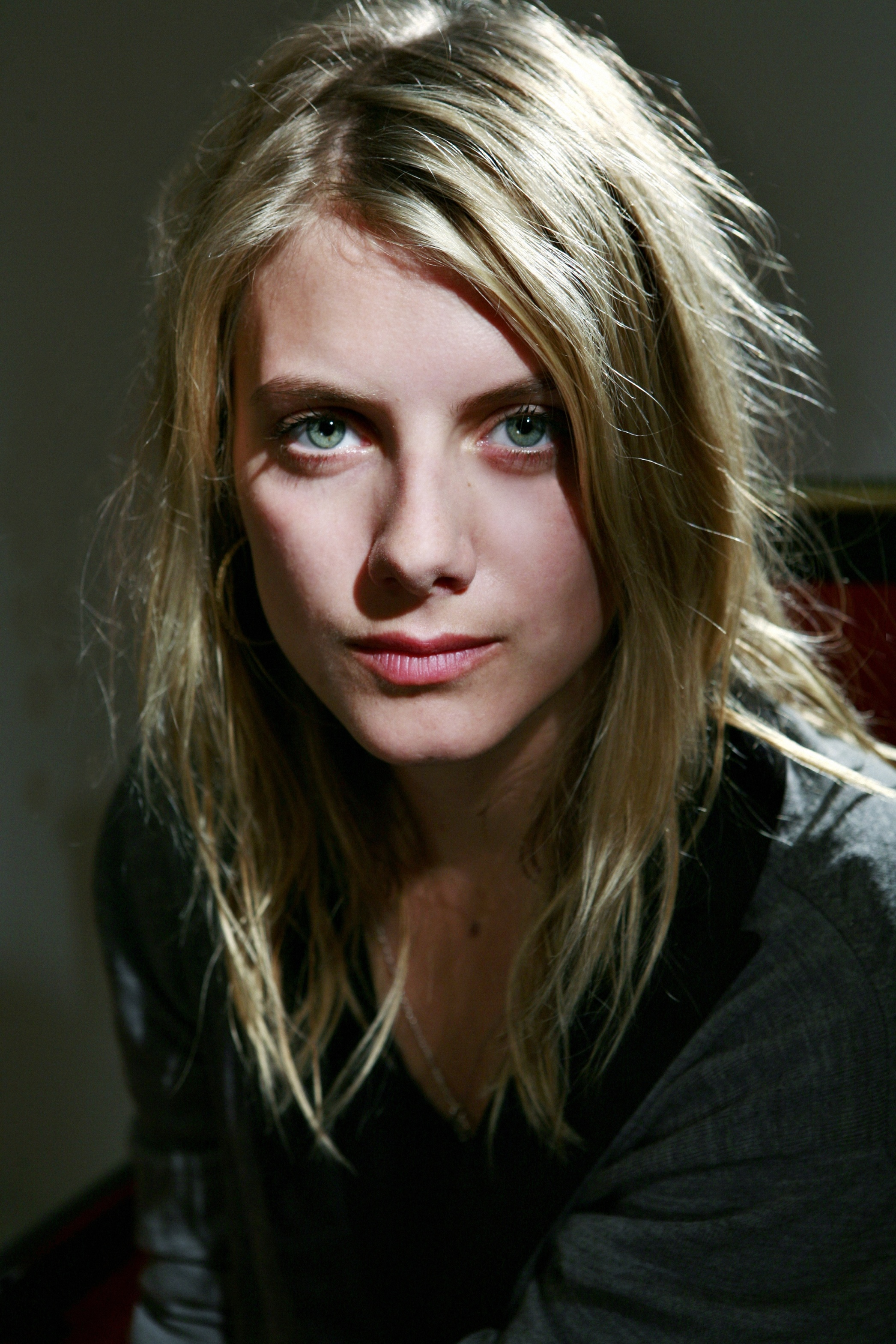 Melanie Laurent - Wallpaper Hot