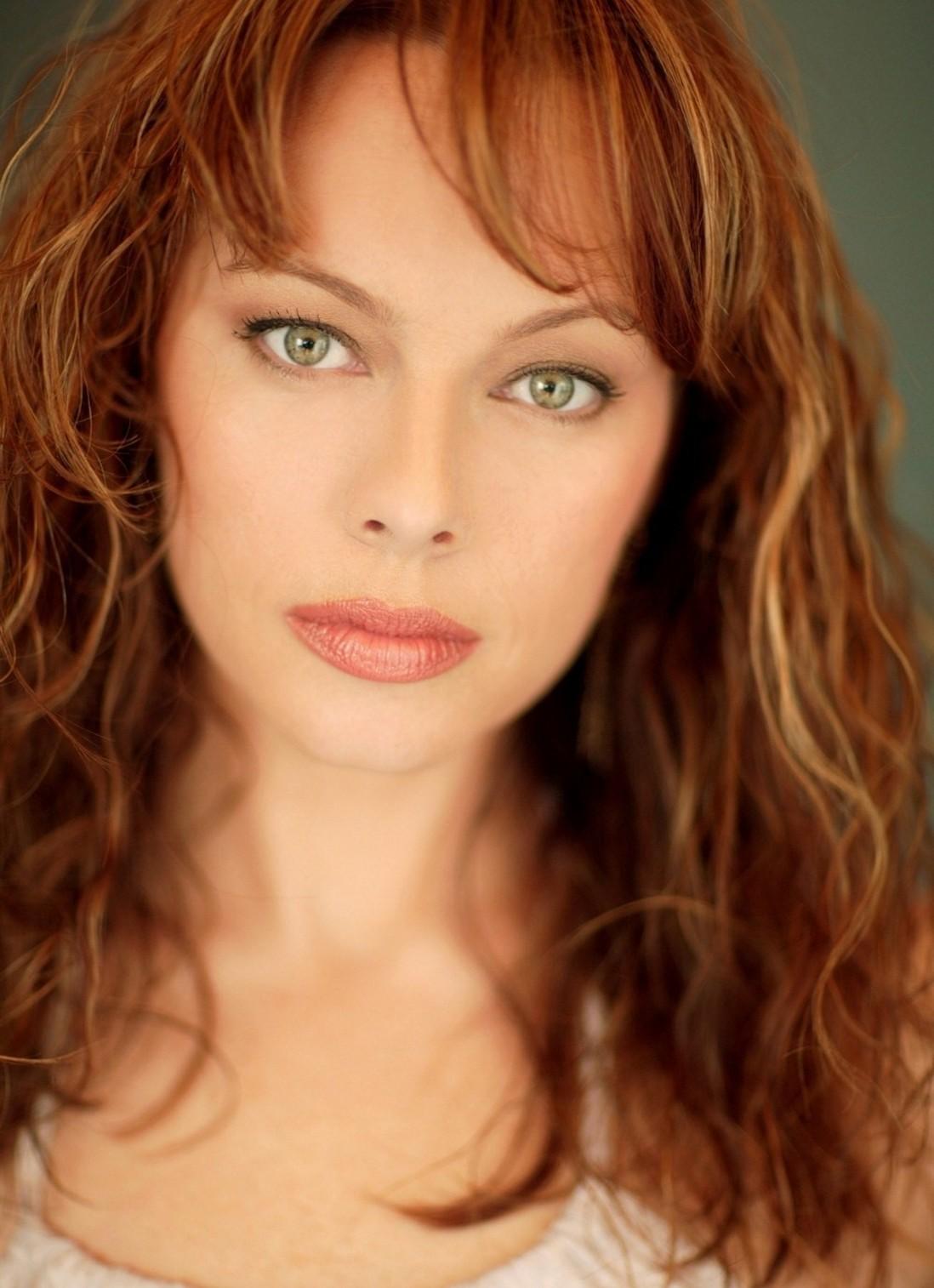 Melinda clarke age 44 gurrrlll be lookin 39 good for Melinda clarke