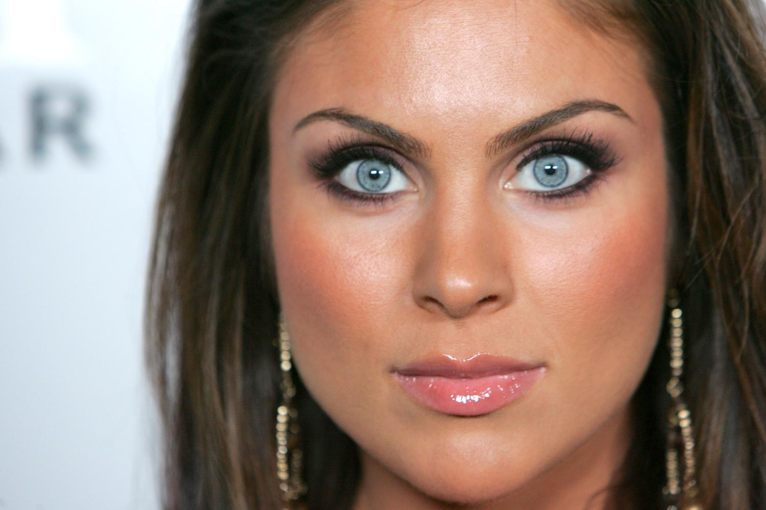 Nadia Bjorlin - Picture Colection