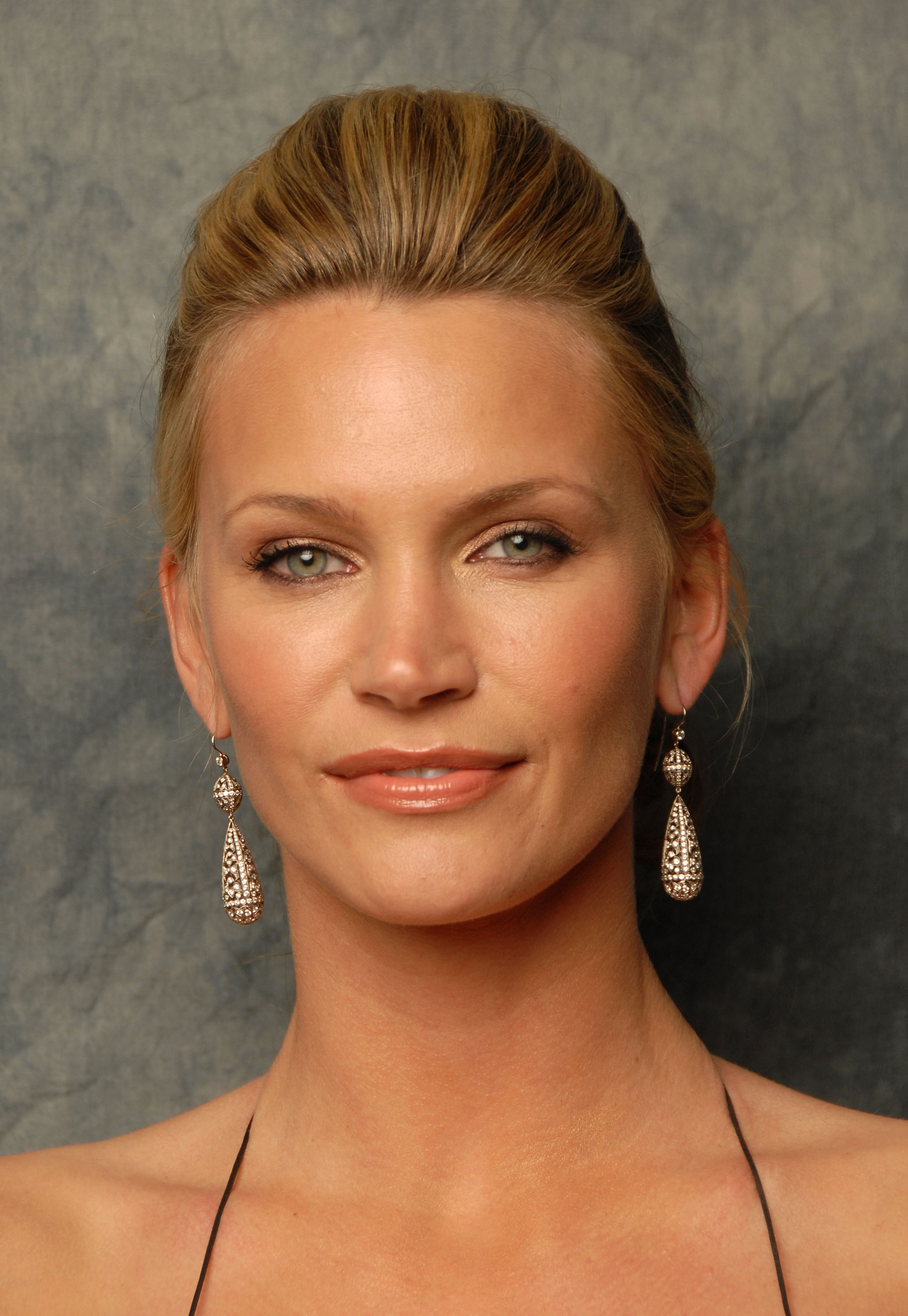 Wallpapers Category Best Natasha Henstridge Photo Colection