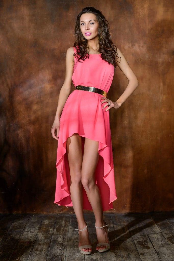 Фото в платье с шлейфом