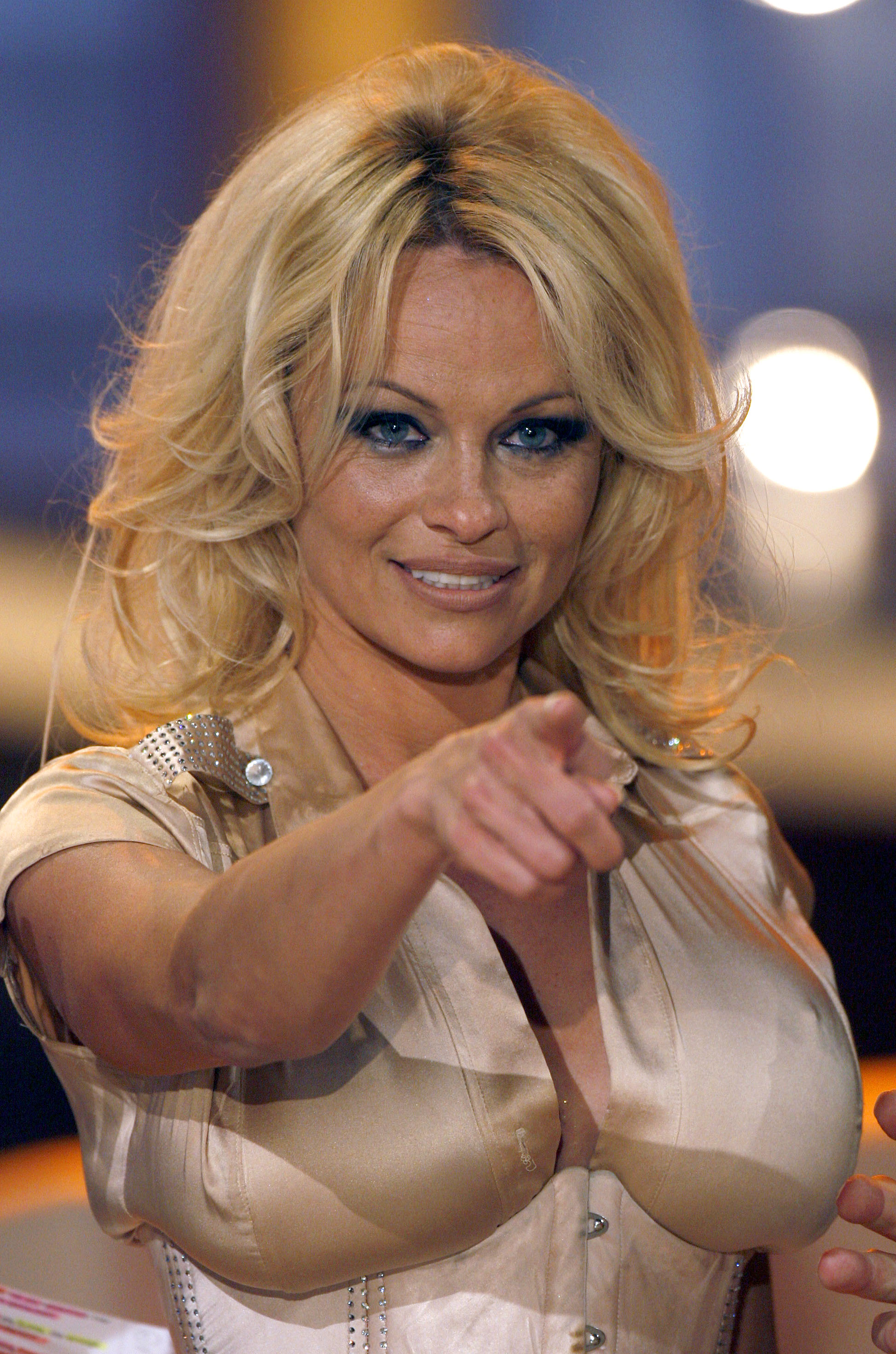 Pamela anderson pussy video