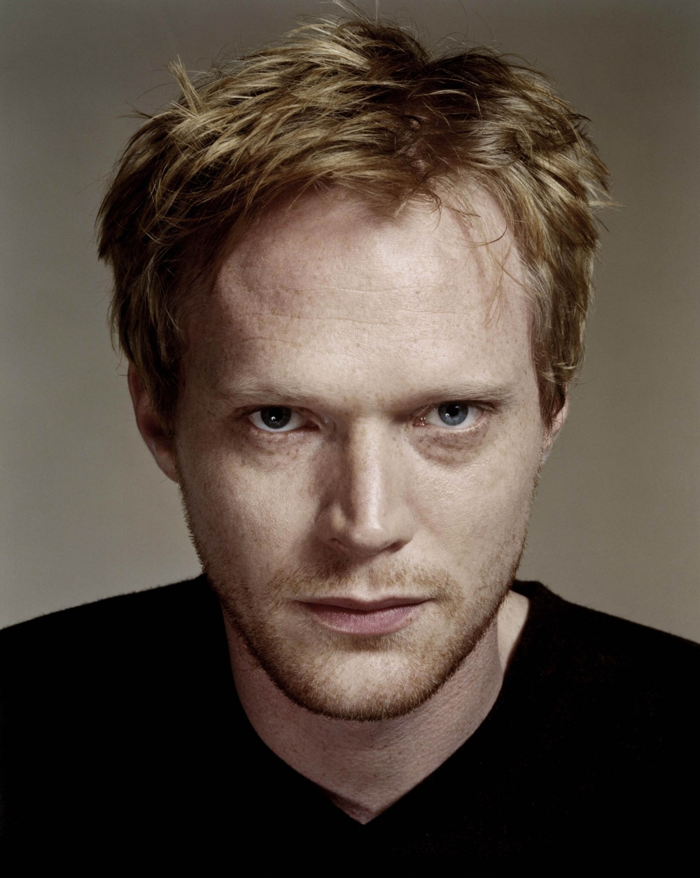 Paul Bettany photo gallery - 59 high quality pics of Paul Bettany ... Robert Pattinson